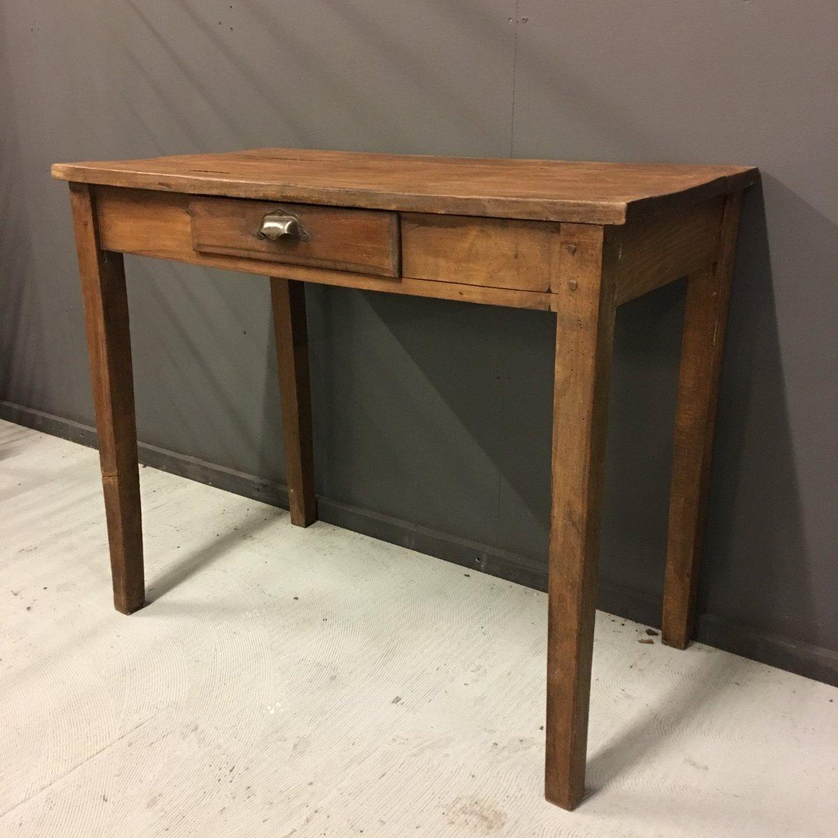 kleiner antiker franz sischer tisch mit schublade bei. Black Bedroom Furniture Sets. Home Design Ideas