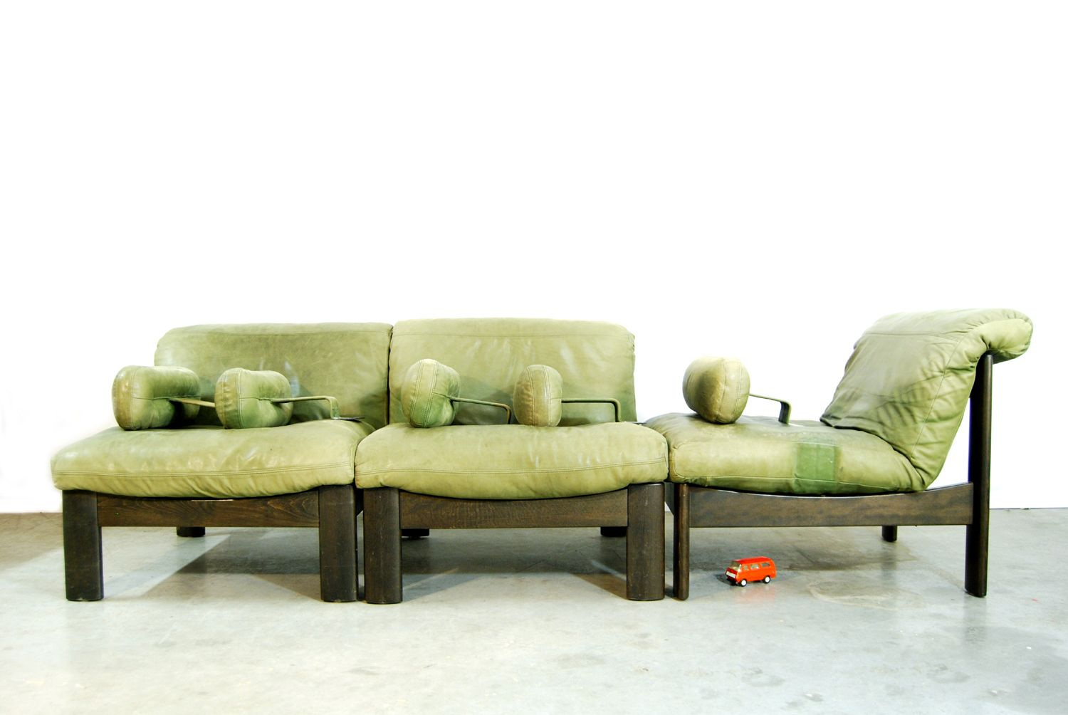 Vintage Green Leather Living Room Set