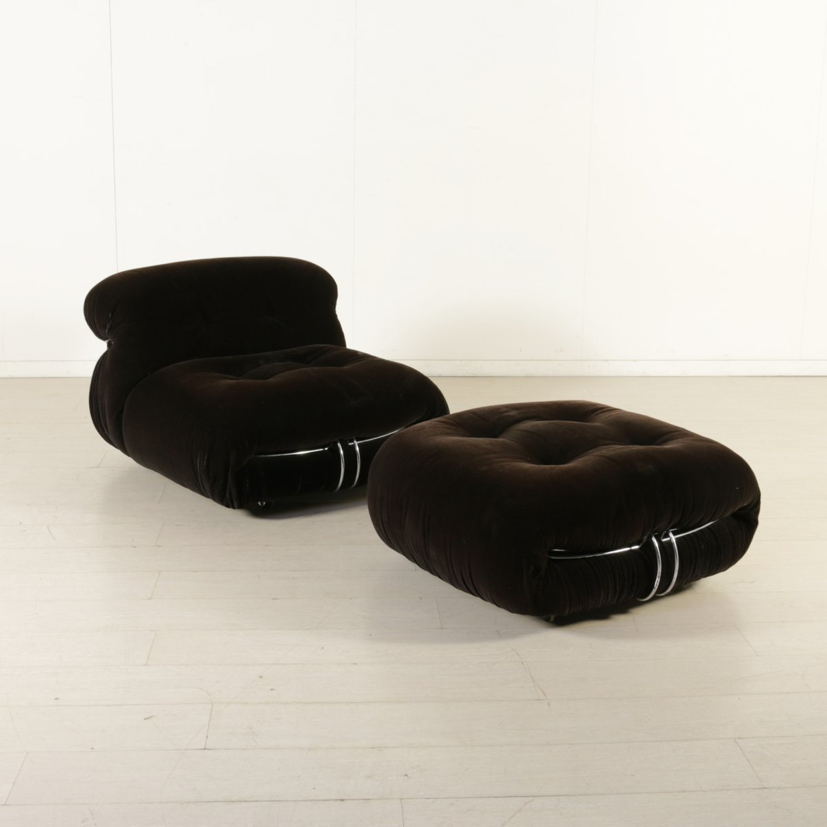 Vintage Soriana Armchair With Footrest By Tobia Amp Afra