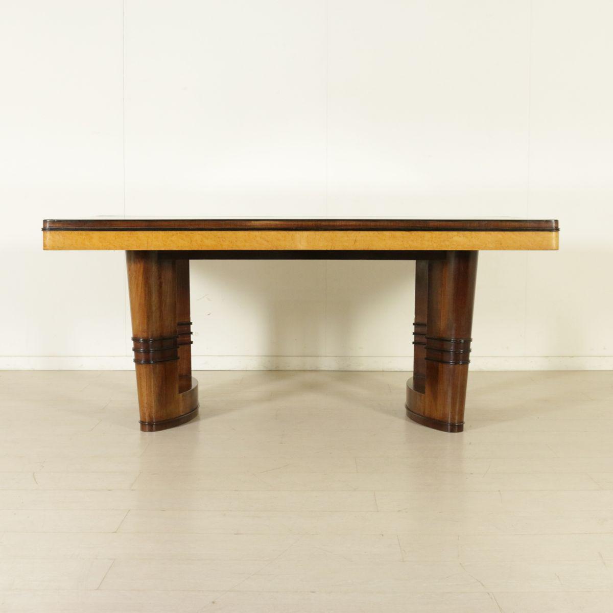 tisch aus baumstamm wurzelholz affordable baumstamm waschtisch von stammdesign with tisch aus. Black Bedroom Furniture Sets. Home Design Ideas