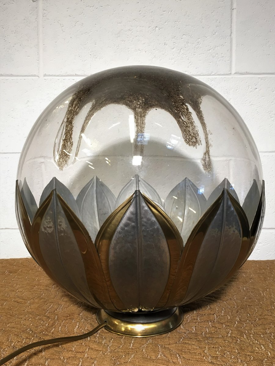 runde italienische vintage tischlampe aus glas metall. Black Bedroom Furniture Sets. Home Design Ideas