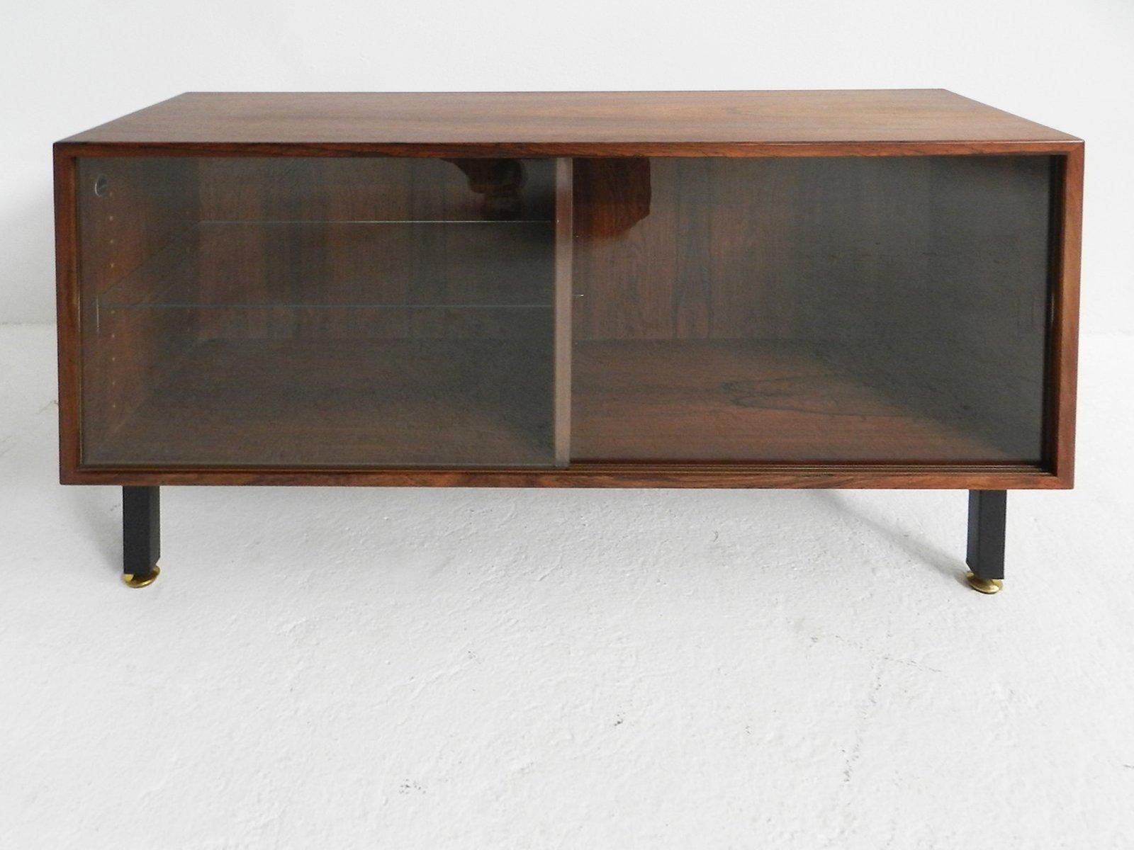 kleines d nisches mid century palisander sideboard bei. Black Bedroom Furniture Sets. Home Design Ideas
