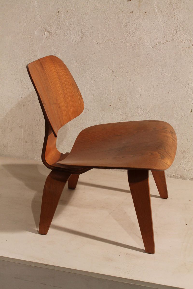 lcw stuhl von charles ray eames f r herman miller 1950er bei pamono kaufen. Black Bedroom Furniture Sets. Home Design Ideas