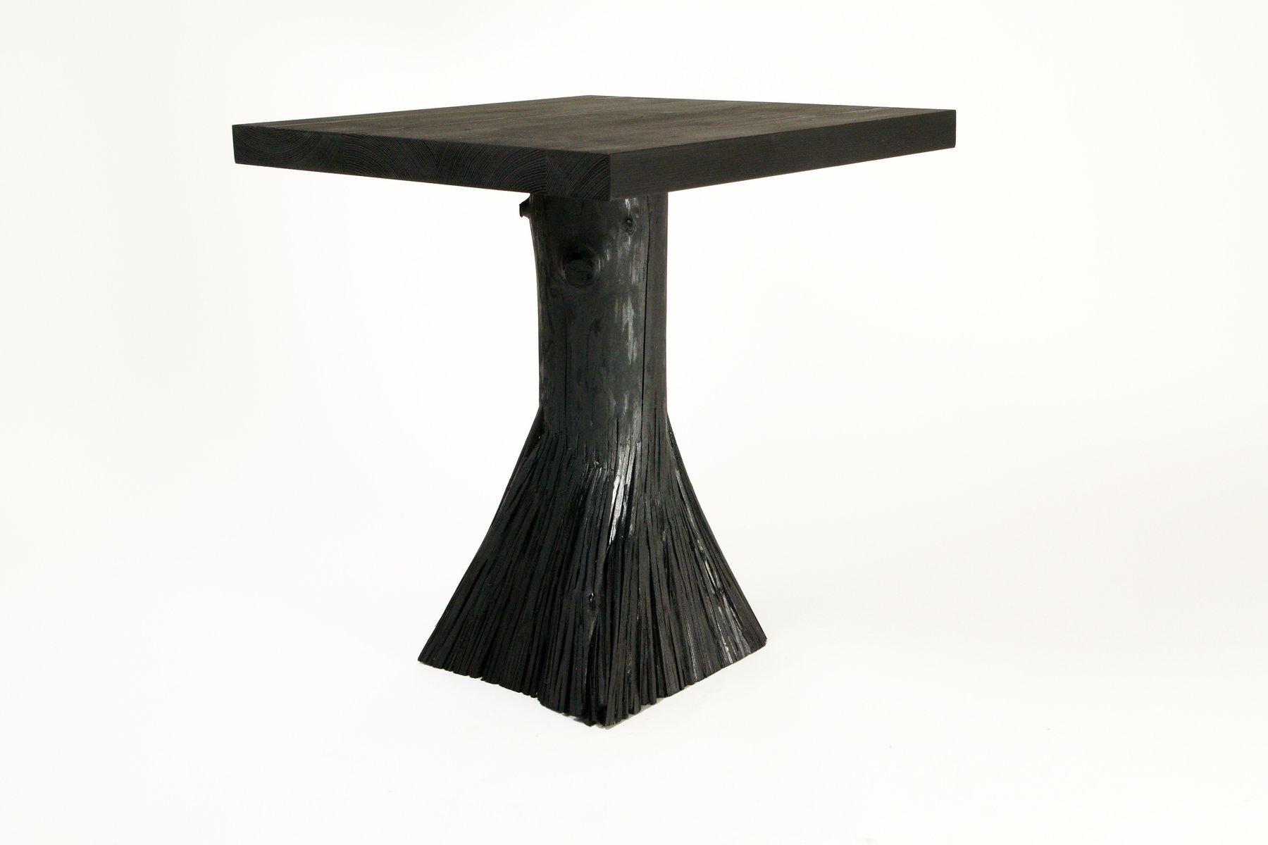 Schwarzer beistelltisch aus pressholz von johannes hemann for Kleiner schwarzer beistelltisch