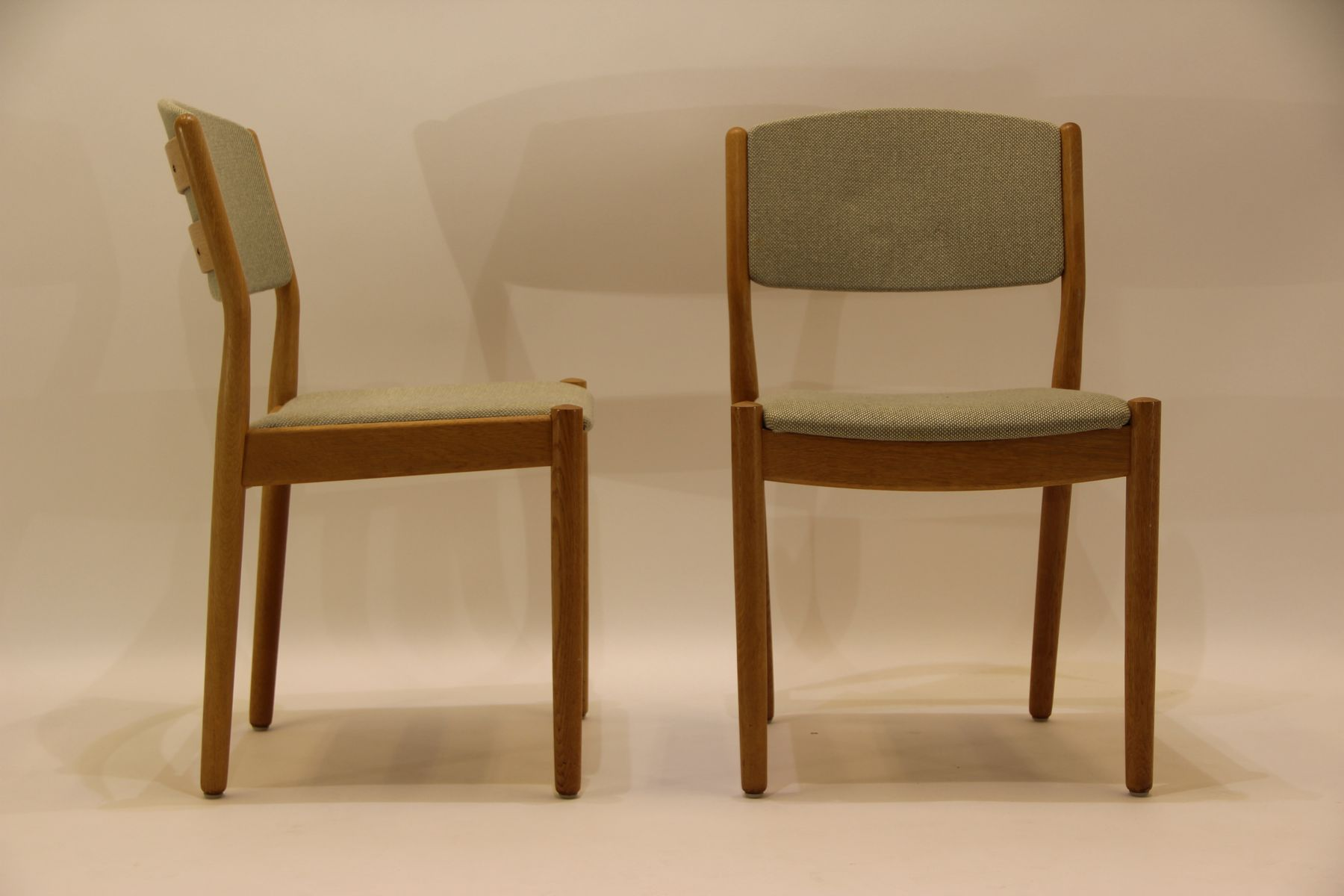 midcentury j oak  green fabric dining chairs by poul m  - midcentury j oak  green fabric dining chairs by poul m volther forfdb set of