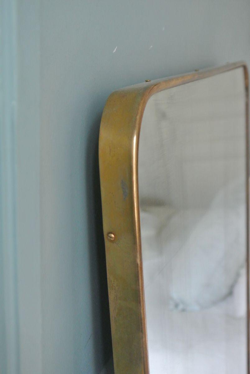 Italienischer organischer spiegel mit messingrahmen for Spiegel mit messingrahmen
