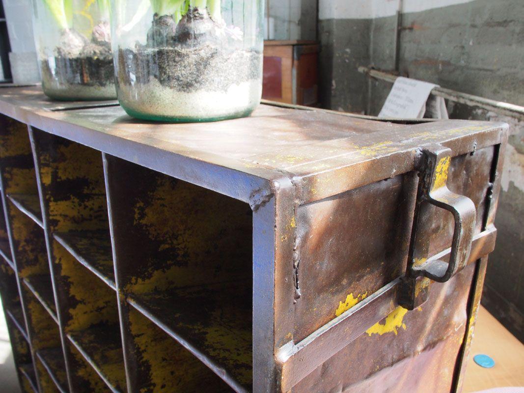 industrielles vintage metall werkstatt regal bei pamono kaufen. Black Bedroom Furniture Sets. Home Design Ideas