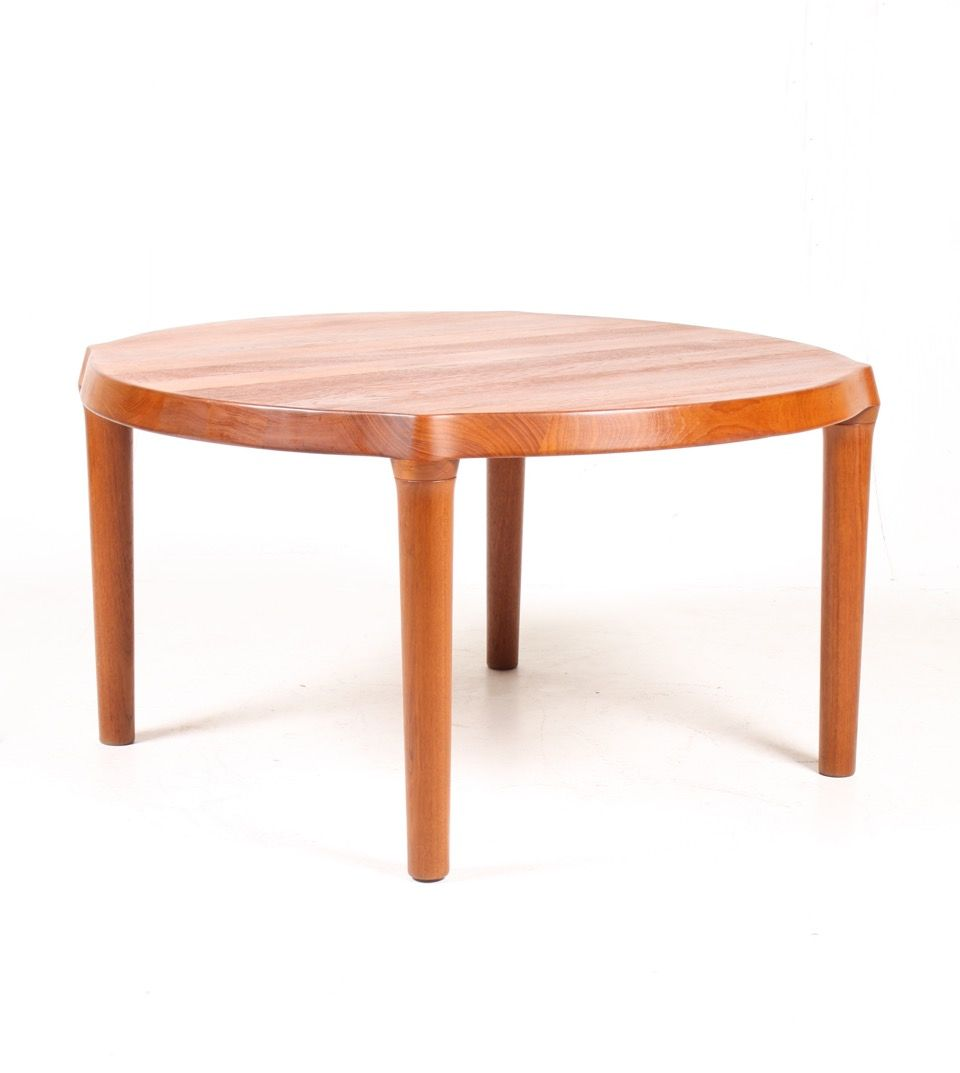 Solid teak coffee table 1960s for sale at pamono Solid teak coffee table