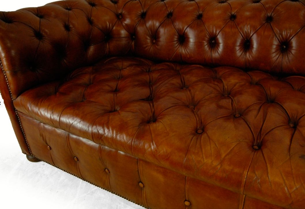 braunes vintage chesterfield ledersofa 1960er bei pamono kaufen. Black Bedroom Furniture Sets. Home Design Ideas