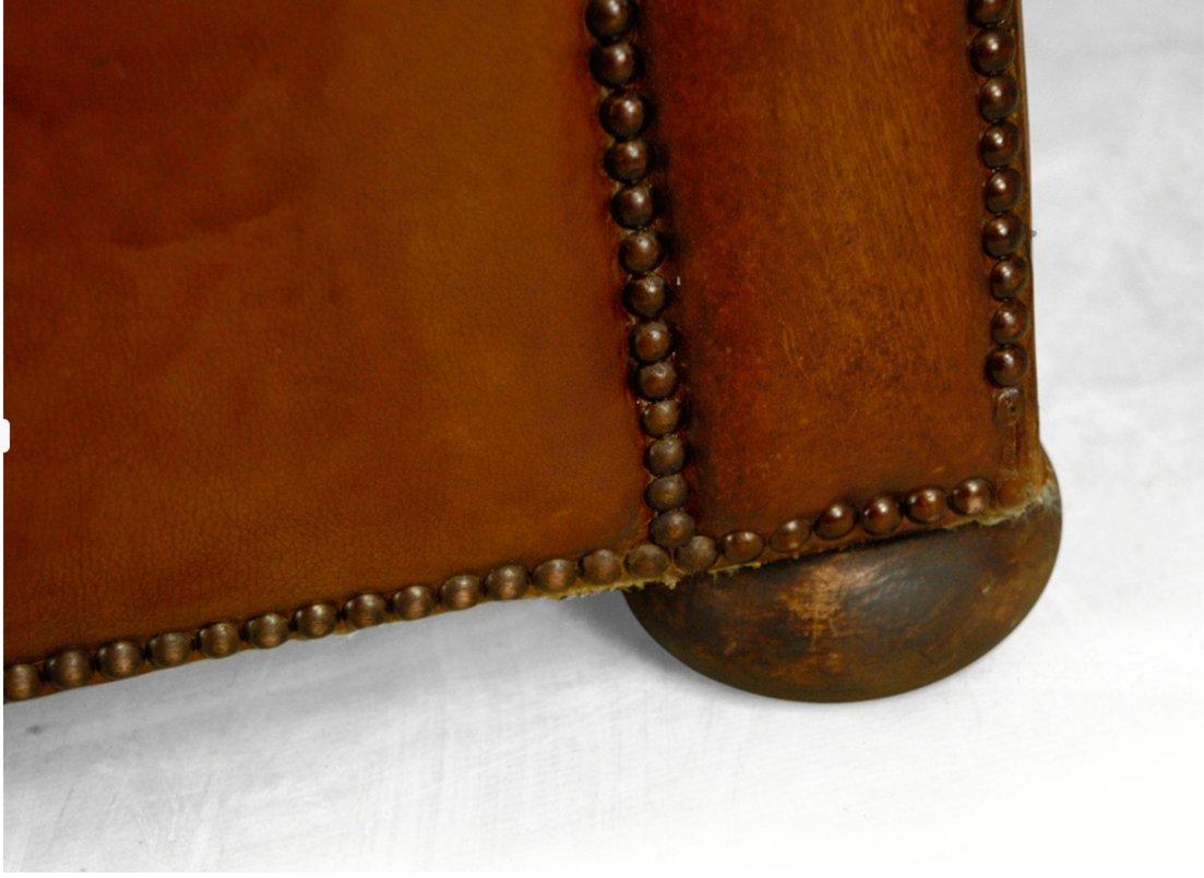 canap chesterfield vintage en cuir tann 1960s en vente sur pamono. Black Bedroom Furniture Sets. Home Design Ideas