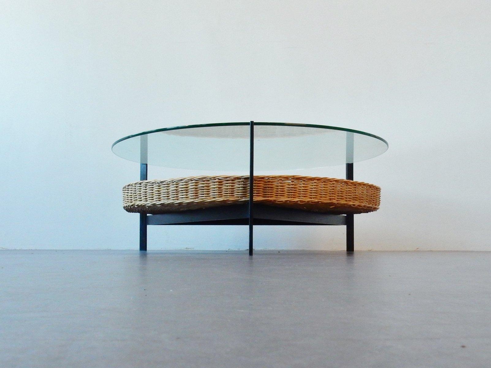 niederl ndischer vintage couchtisch mit korb bei pamono kaufen. Black Bedroom Furniture Sets. Home Design Ideas