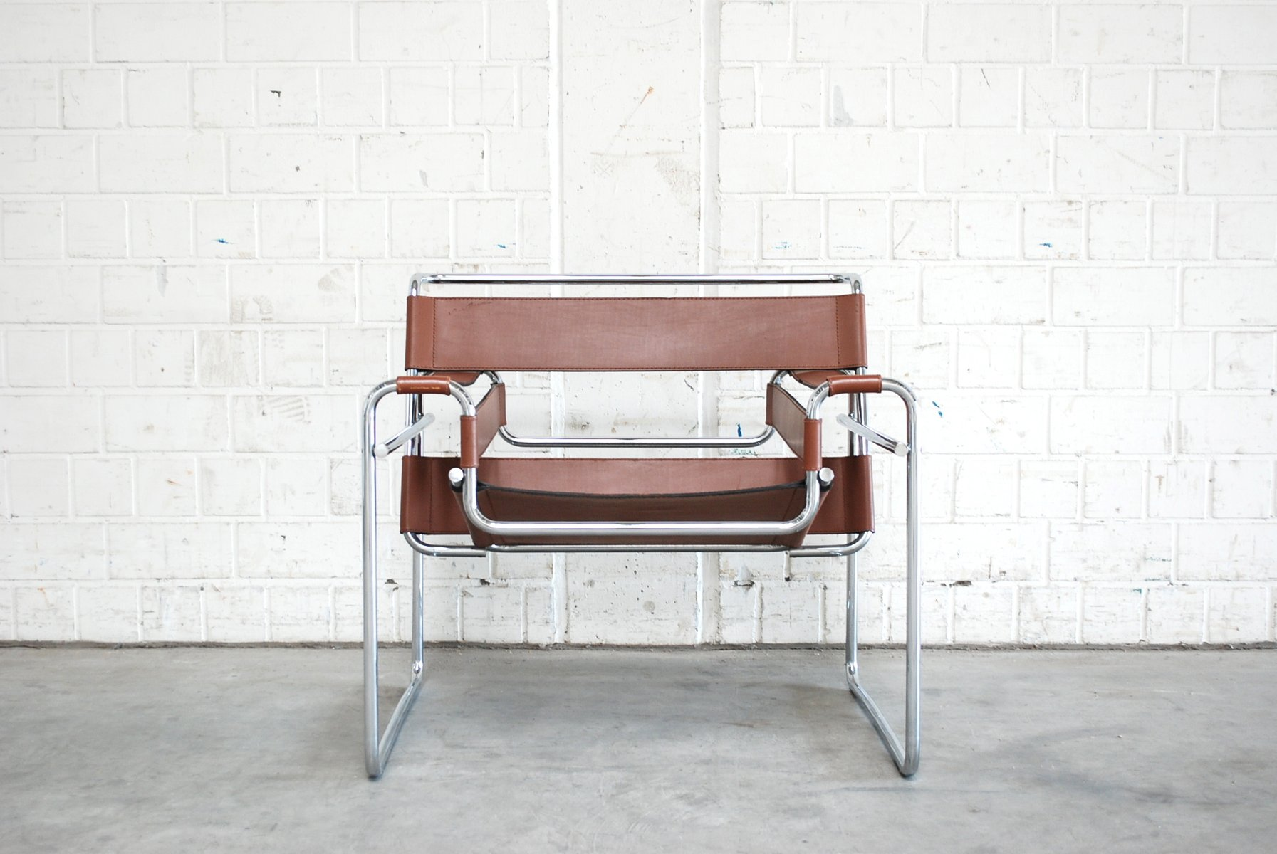 Vintage B3 Wassily Chair in Brandy Cognac Leather by Marcel Breuer for  Gavina