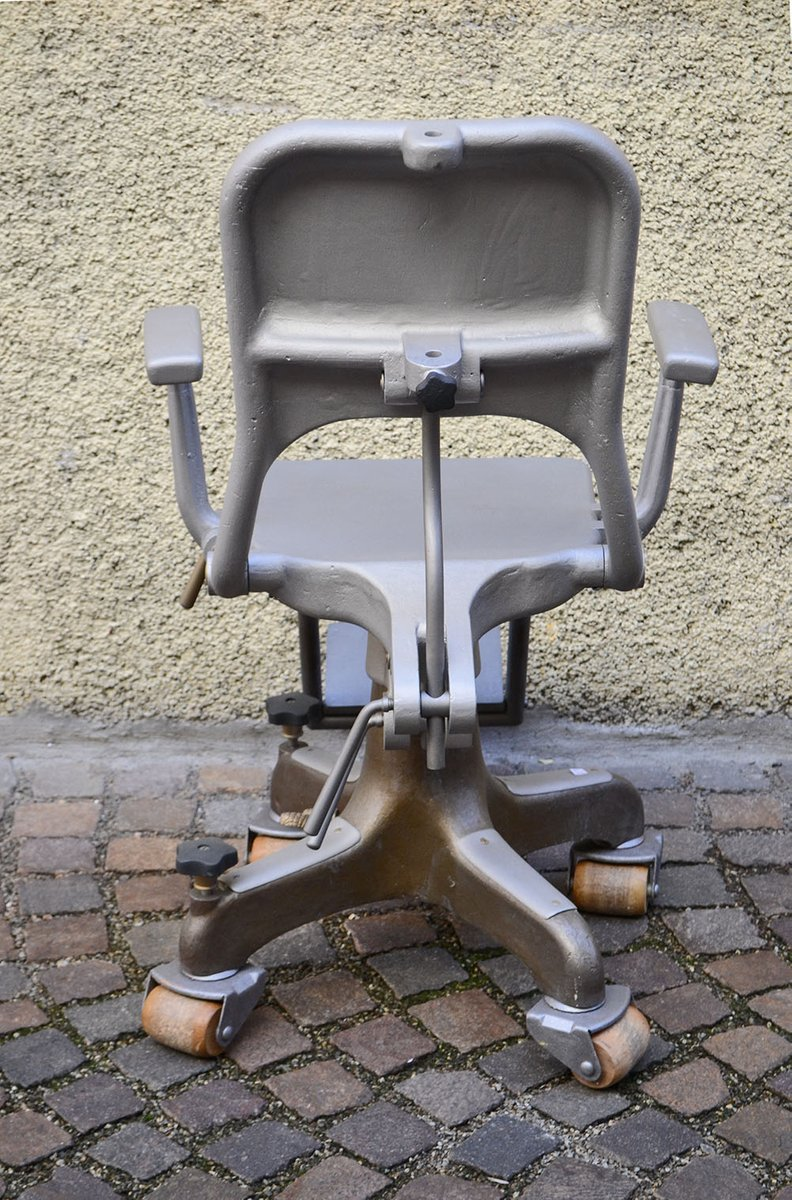 chair on wheels. price per piece chair on wheels l