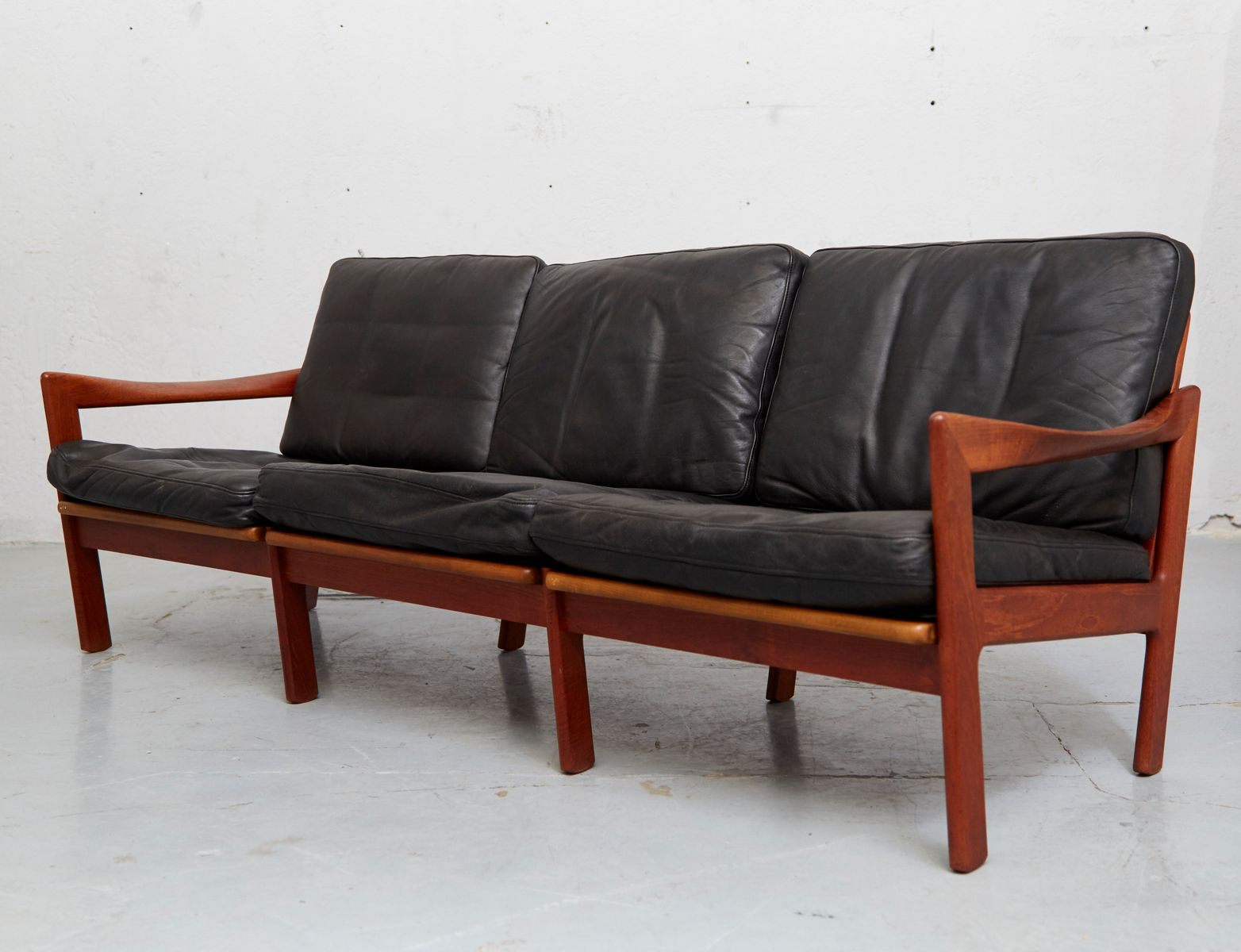 midcentury teak u0026 leather sofa by illum wikkels for niels eilersen for sale at pamono