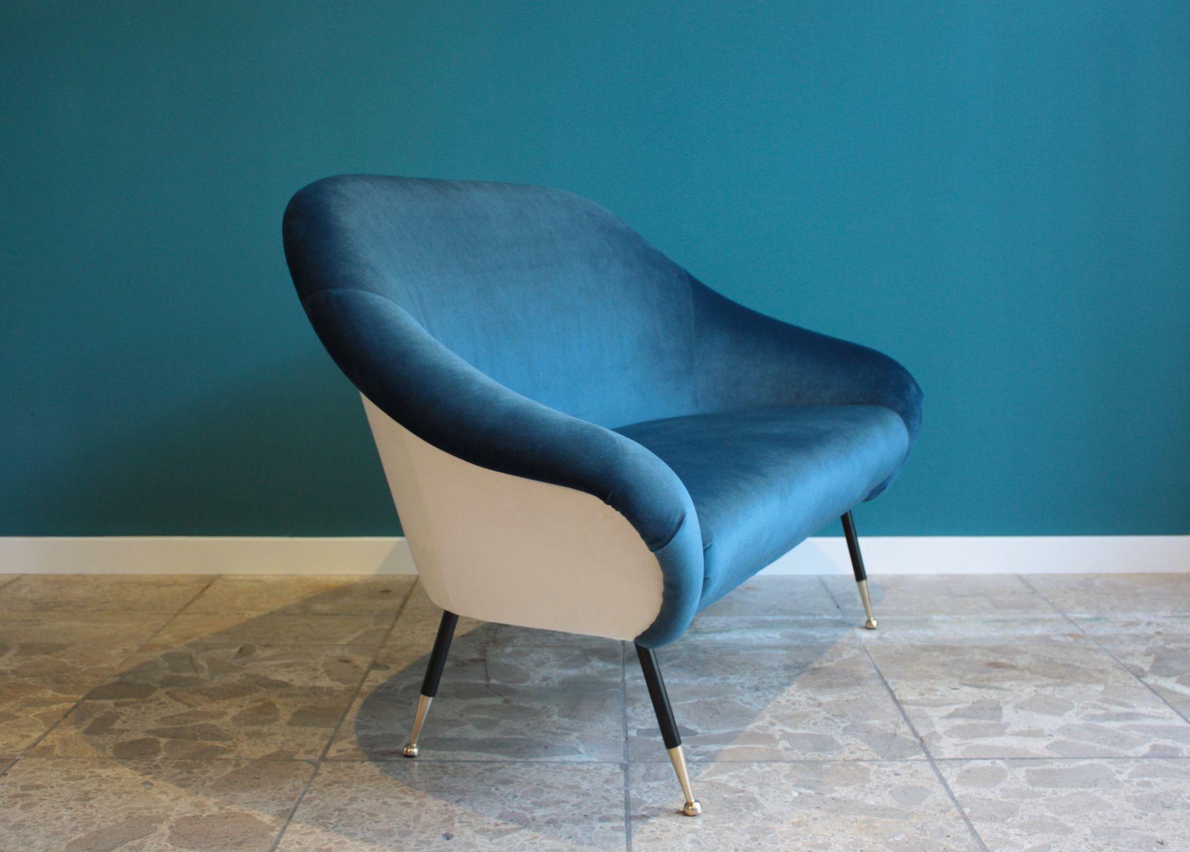 dunkelblaues italienische zwei sitzer sofa 1950er bei pamono kaufen. Black Bedroom Furniture Sets. Home Design Ideas