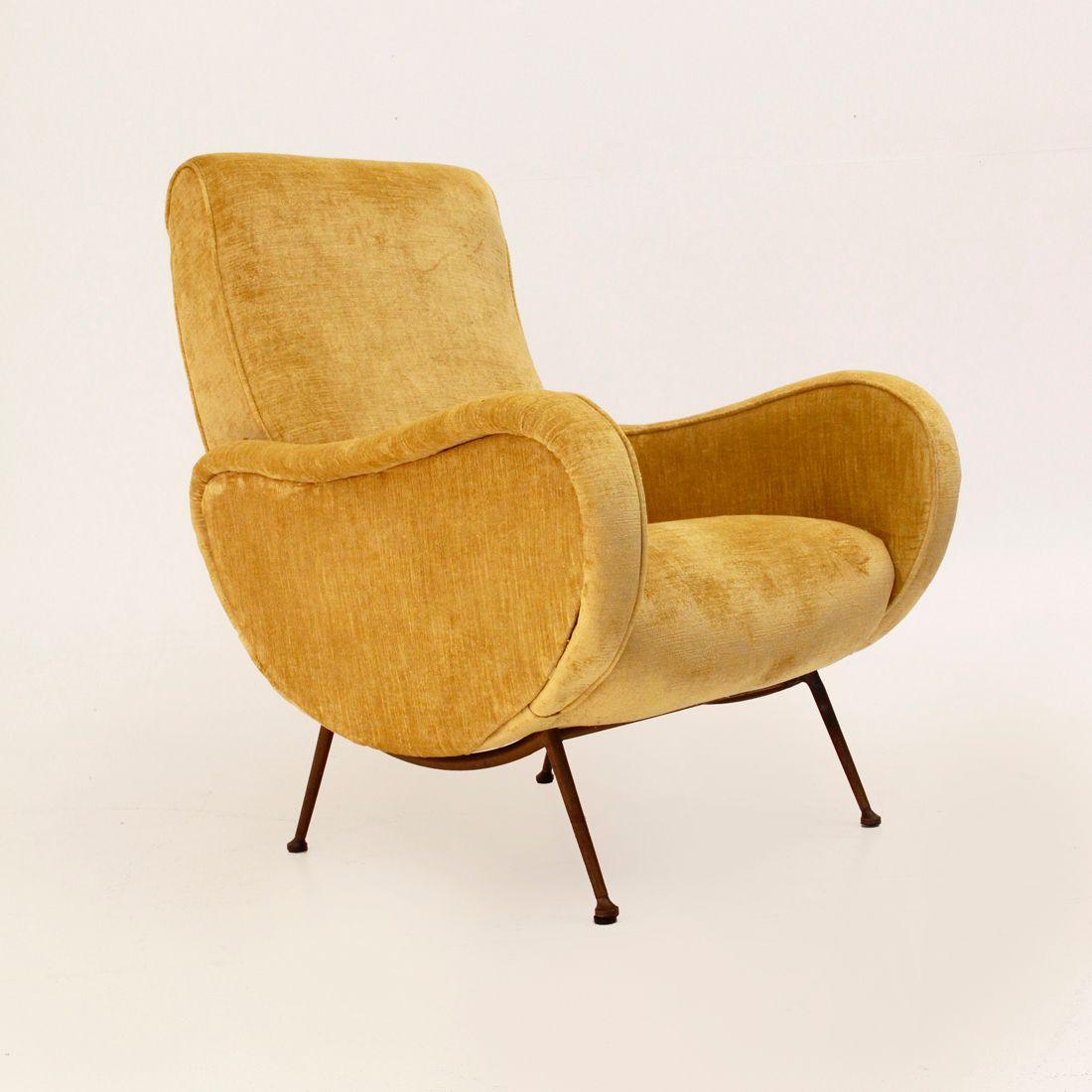italienischer mid century sessel mit gelbem bezug 1950er bei pamono kaufen. Black Bedroom Furniture Sets. Home Design Ideas