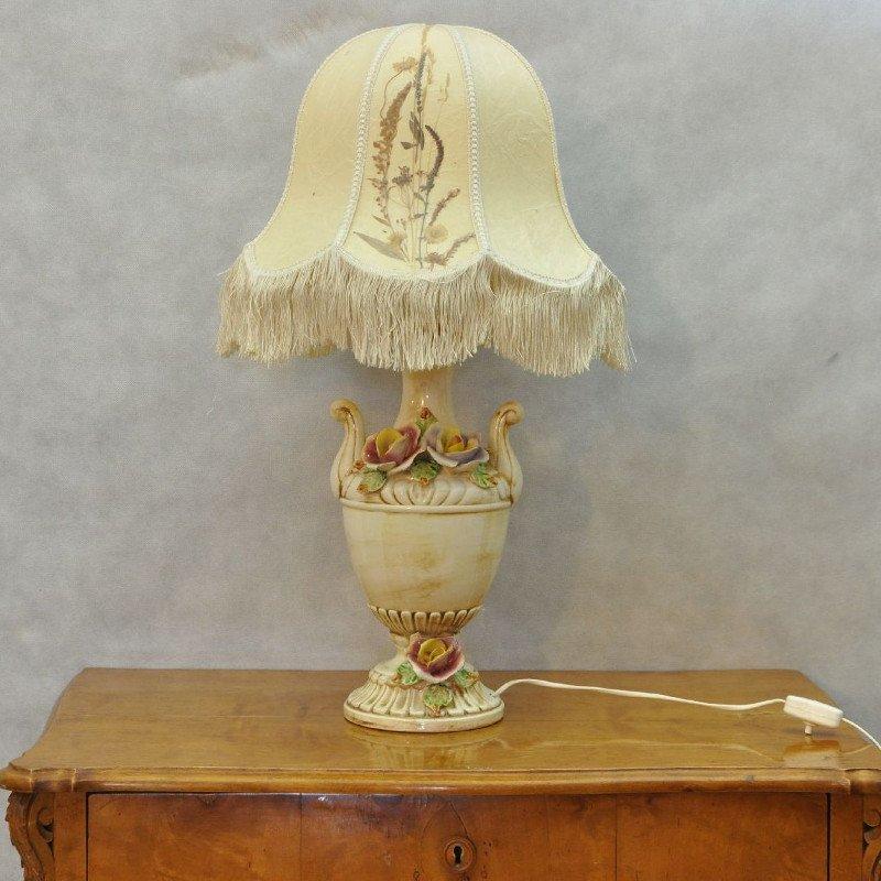 lampe vintage en porcelaine italie en vente sur pamono. Black Bedroom Furniture Sets. Home Design Ideas