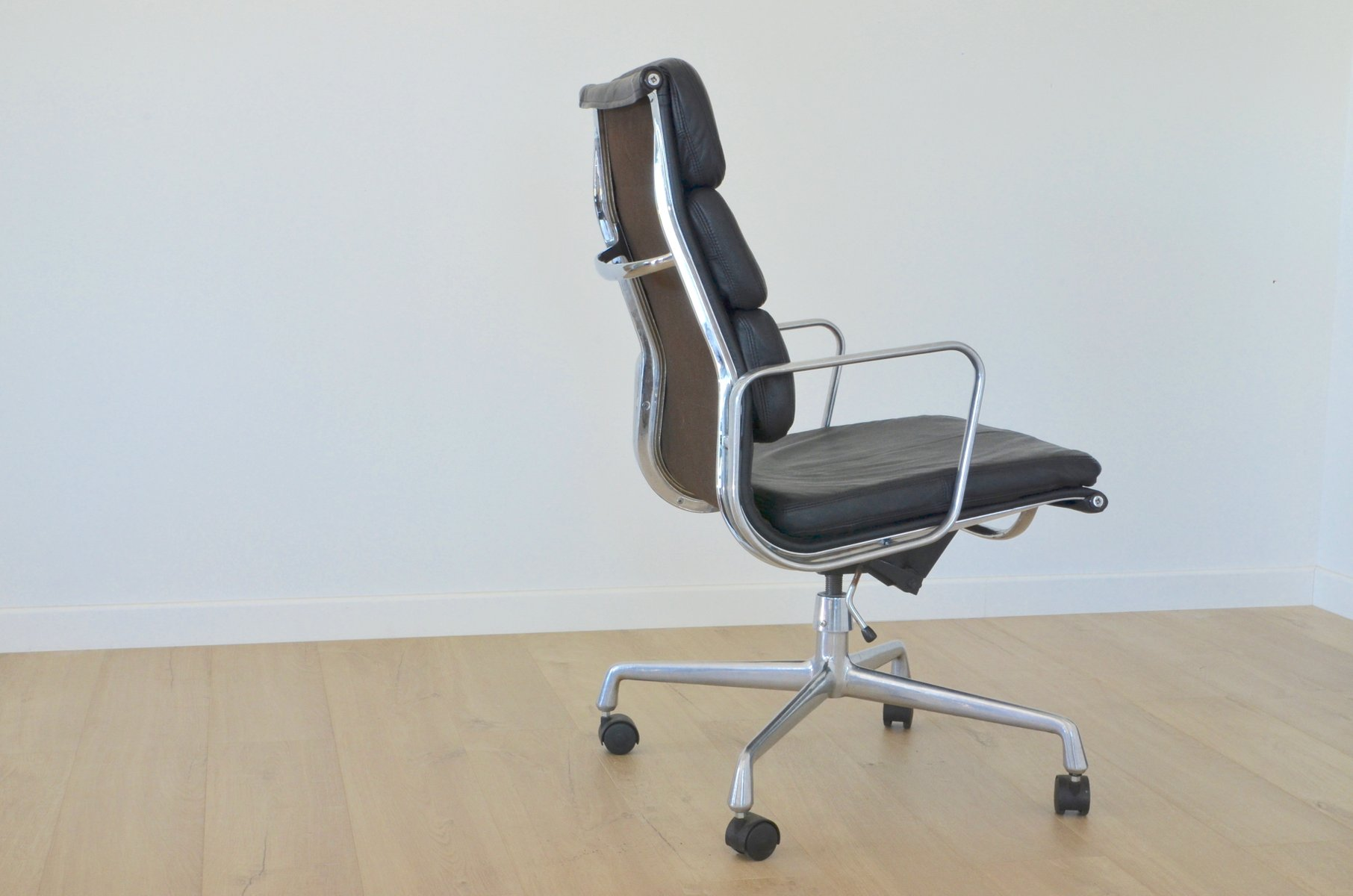 vintage ea219 office chair by charles eames for herman miller for sale