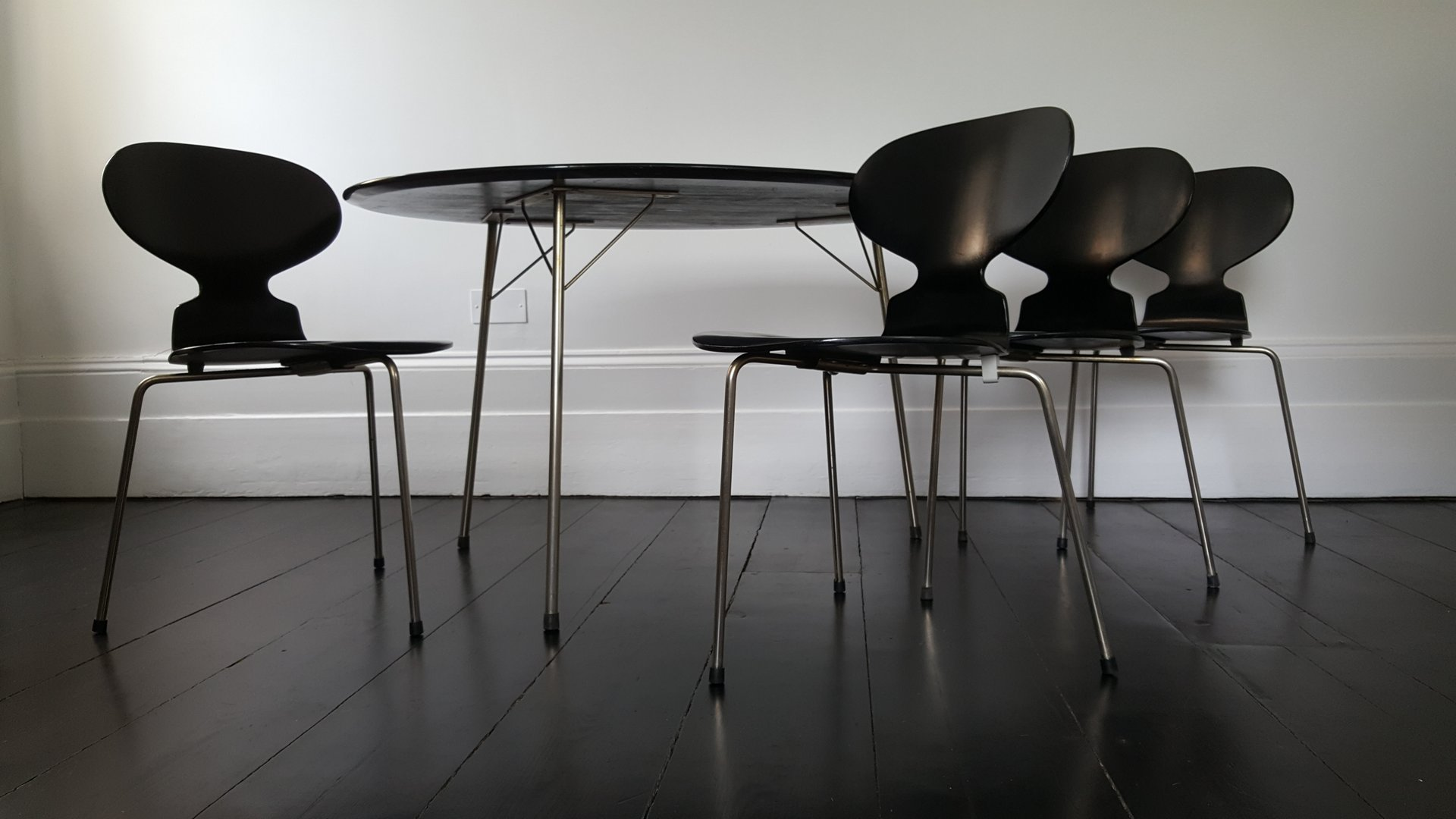 Egg Table & Ant Chairs Dining Set by Arne Jacobsen for Fritz