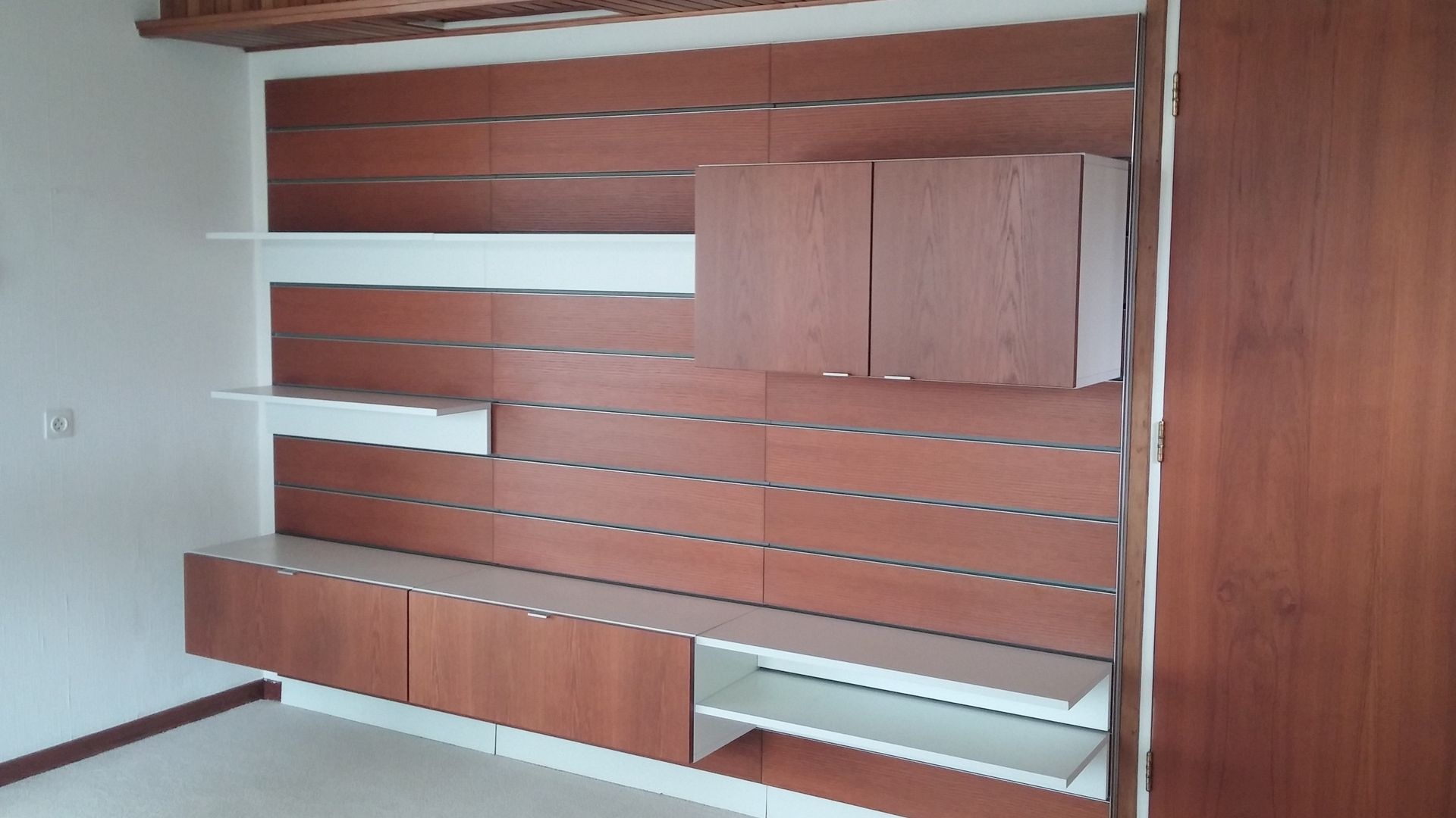 vintage wohnwand von behr m bel 1970er bei pamono kaufen. Black Bedroom Furniture Sets. Home Design Ideas
