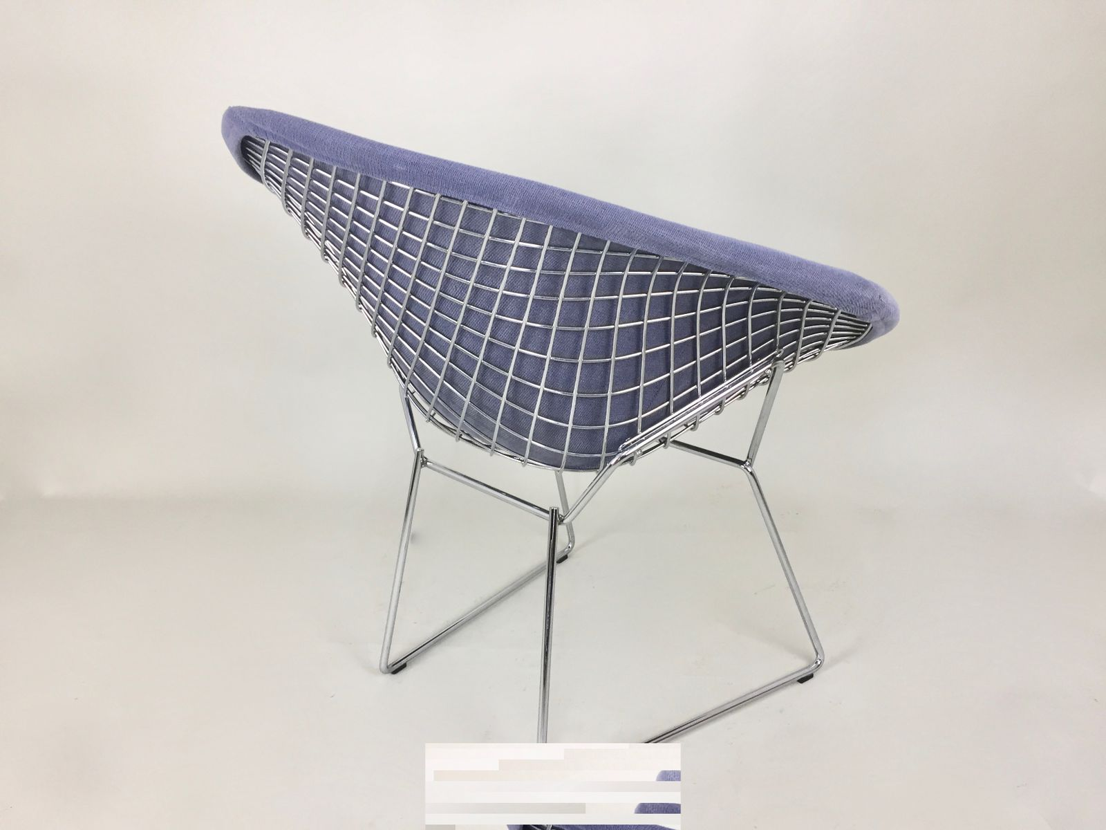 Bertoia diamond chair vintage - Vintage Blue Diamond Chair By Harry Bertoia For Knoll 17 1 482 00 Price Per Piece