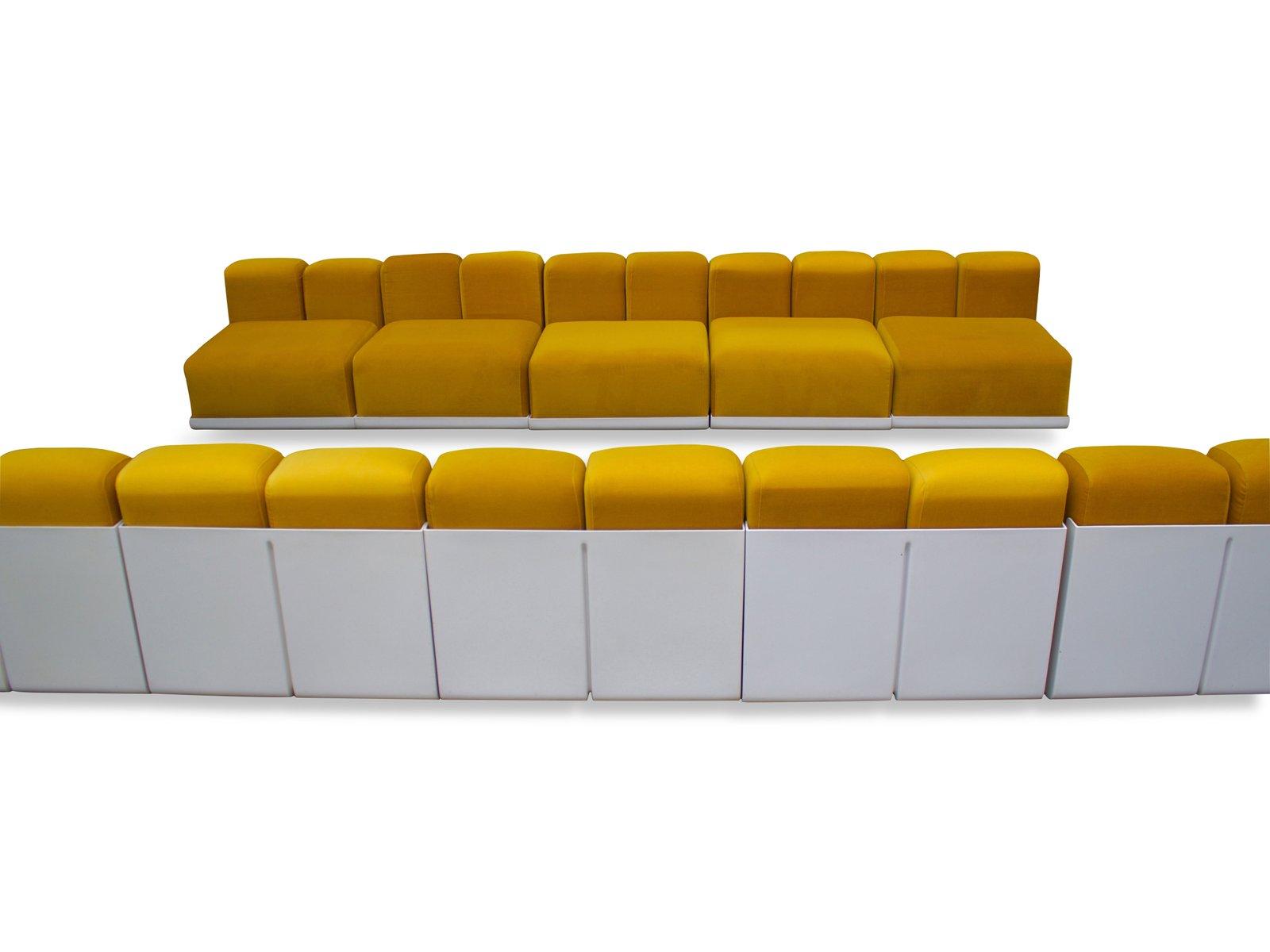 large raymond sectional sofa by kazuhide takahama for. Black Bedroom Furniture Sets. Home Design Ideas