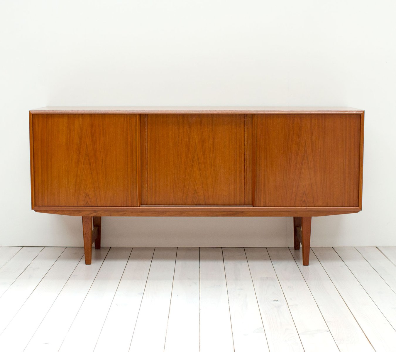mid century teak sideboard from dalescraft for sale at pamono. Black Bedroom Furniture Sets. Home Design Ideas