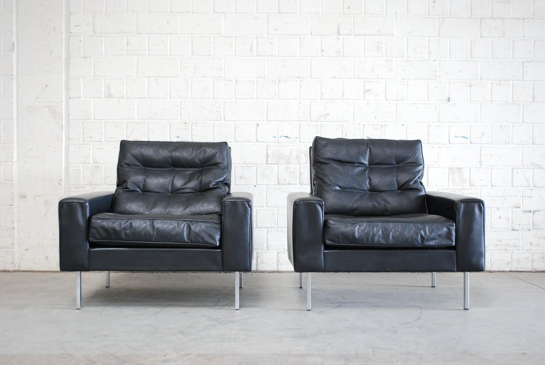 Antique black leather chairs - Vintage Black Leather Armchairs From De Sede 1967 Set Of 2