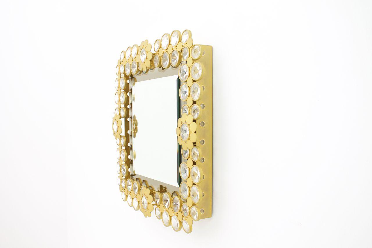 miroir mural lumineux en laiton massif et verre cristal 1960s en vente sur pamono. Black Bedroom Furniture Sets. Home Design Ideas
