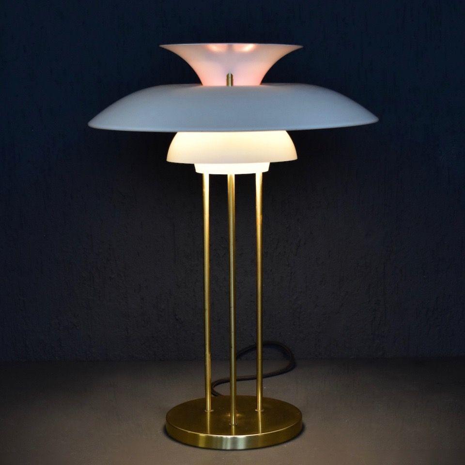 vintage ph5 table lamp by poul henningsen for louis poulsen for sale at pamono. Black Bedroom Furniture Sets. Home Design Ideas