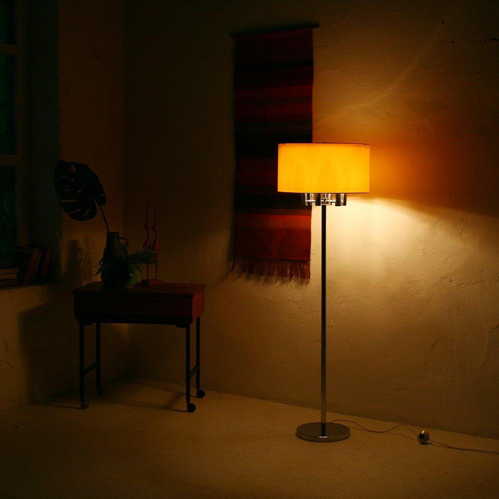 verchromte stehlampe mit schirm aus seide 1970er bei. Black Bedroom Furniture Sets. Home Design Ideas