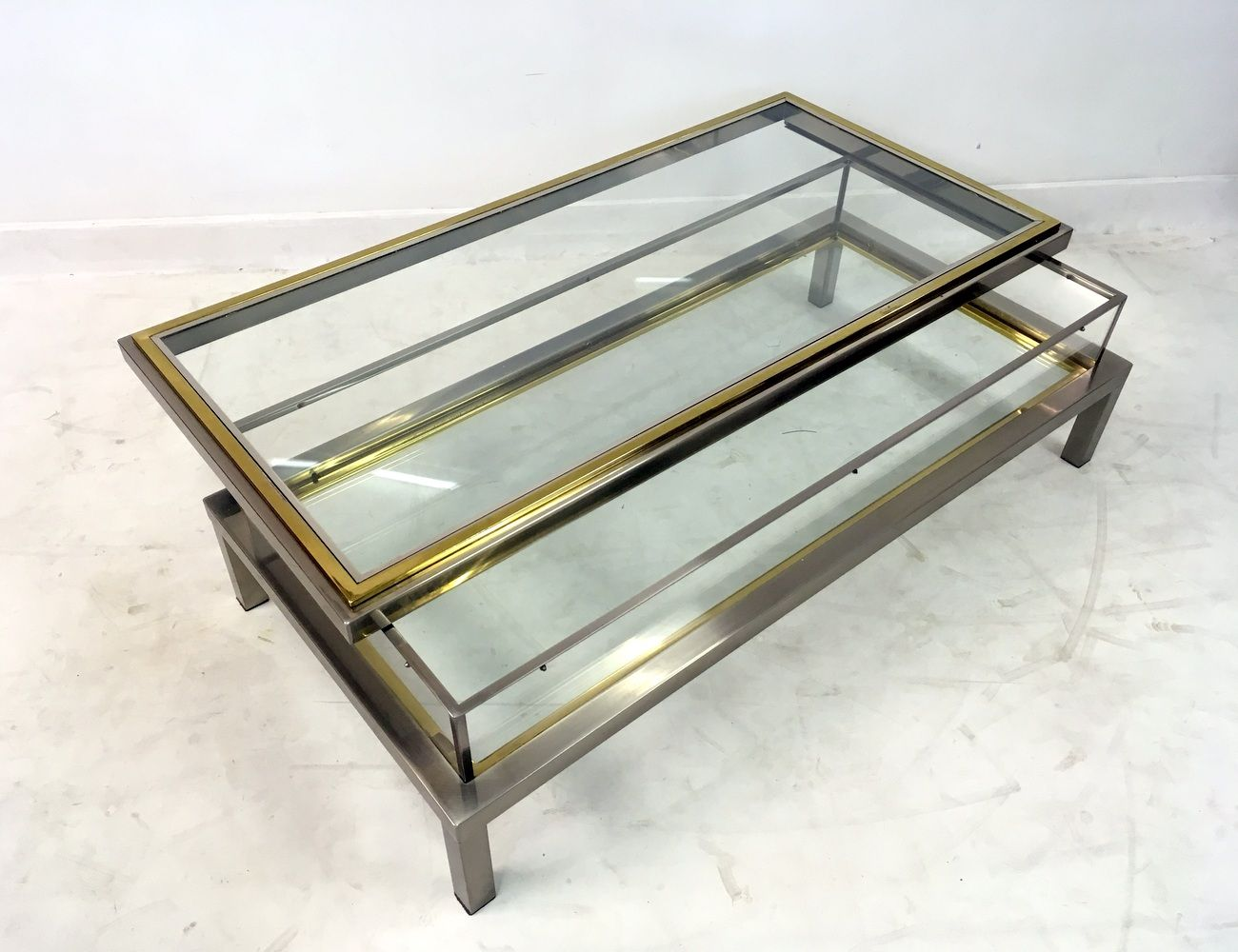 vintage french sliding top vitrine coffee table for sale. Black Bedroom Furniture Sets. Home Design Ideas