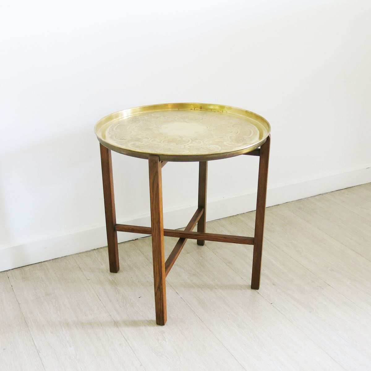 Small side table in brass 1940s for sale at pamono for Tiny side table
