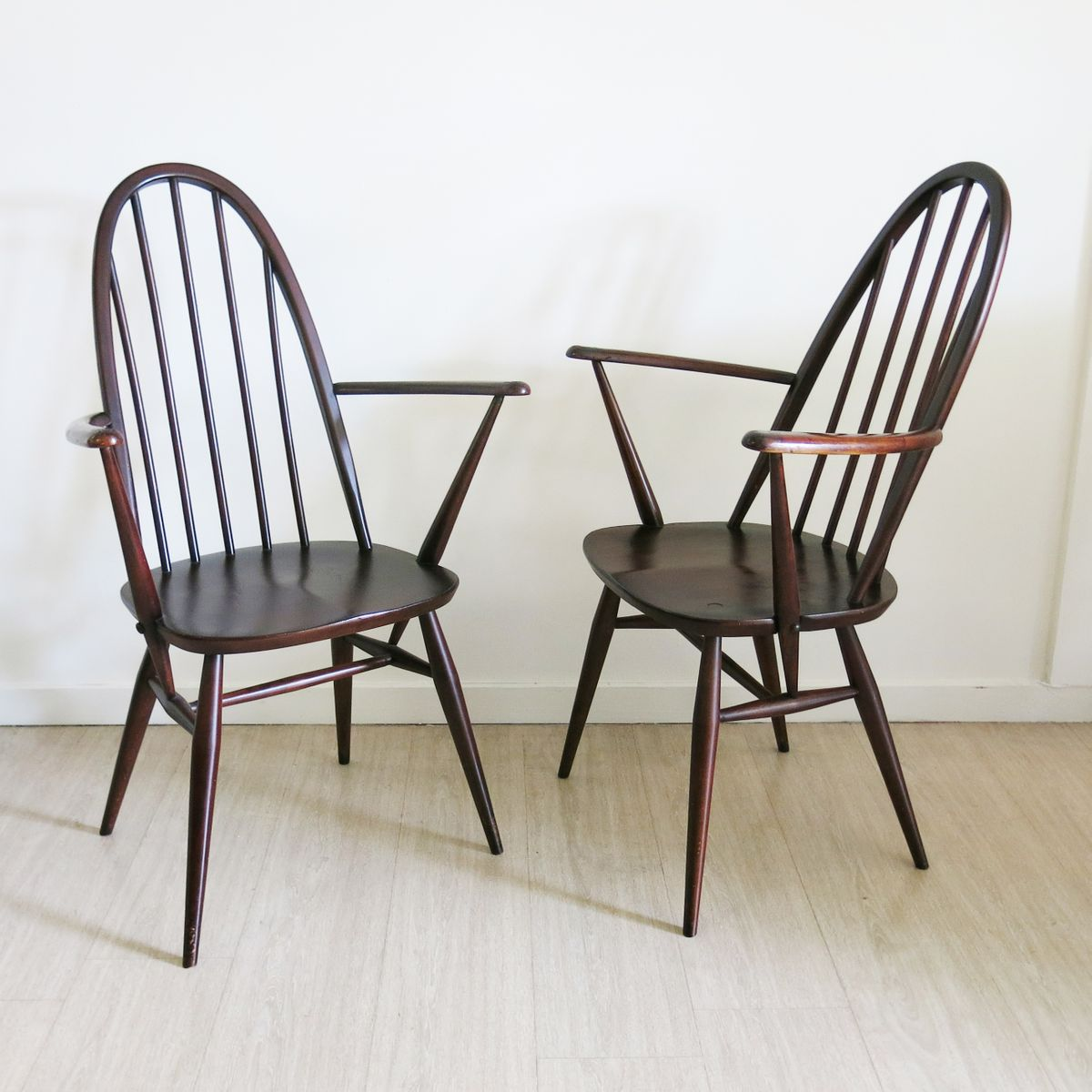 Quaker Back Windsor Armchairs By Lucian Ercolani For Ercol 1970s Set Of 2 F