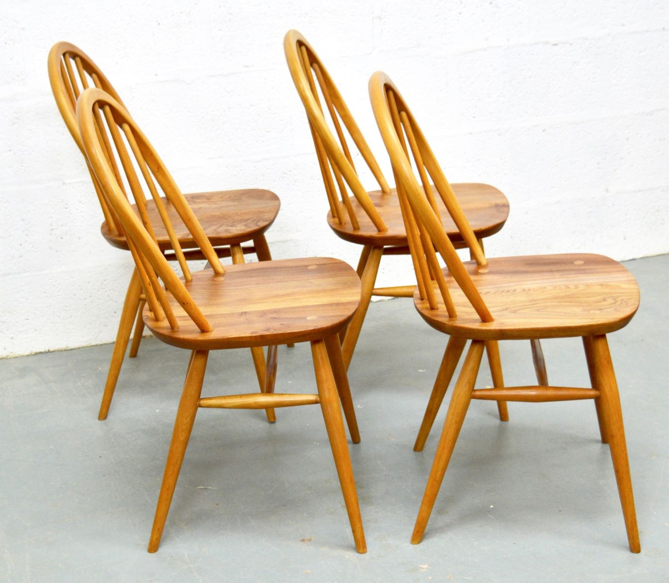 Mid Century Elm Dining Table and Chairs from Ercol for  : mid century elm dining table and chairs from ercol 10 from www.pamono.co.uk size 1377 x 1200 jpeg 135kB