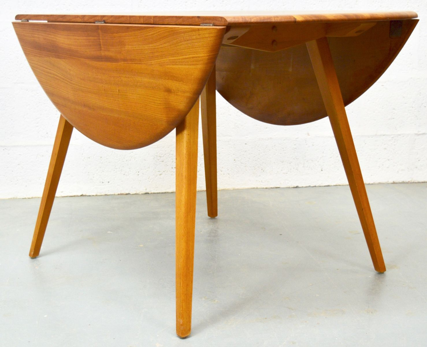 Mid Century Elm Dining Table And Chairs From Ercol For