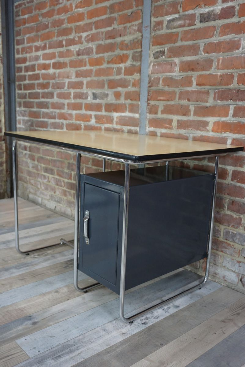 bureau vintage industriel avec plateau en sycomore en vente sur pamono. Black Bedroom Furniture Sets. Home Design Ideas