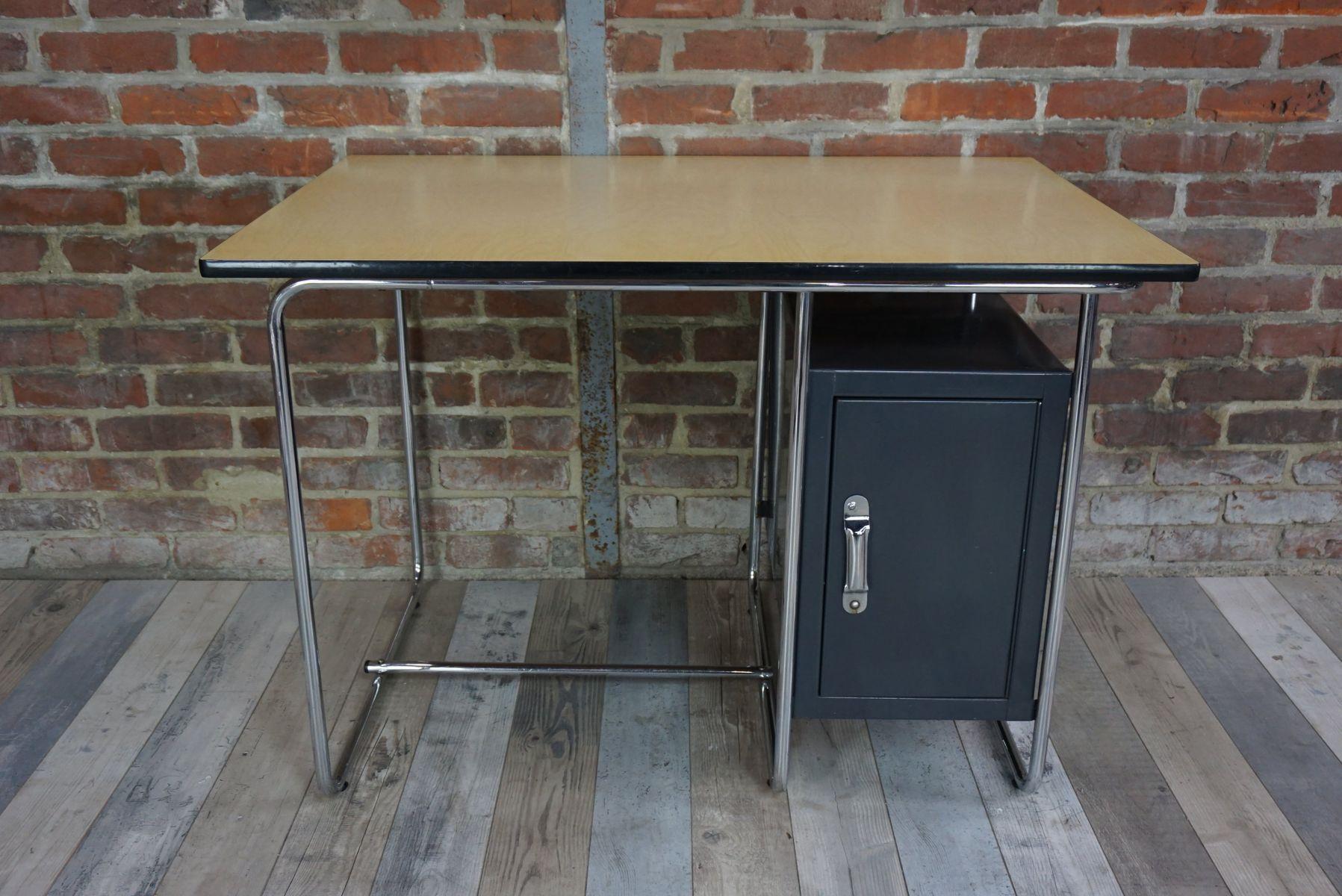 industrieller vintage schreibtisch mit bergahorn tischplatte bei pamono kaufen. Black Bedroom Furniture Sets. Home Design Ideas