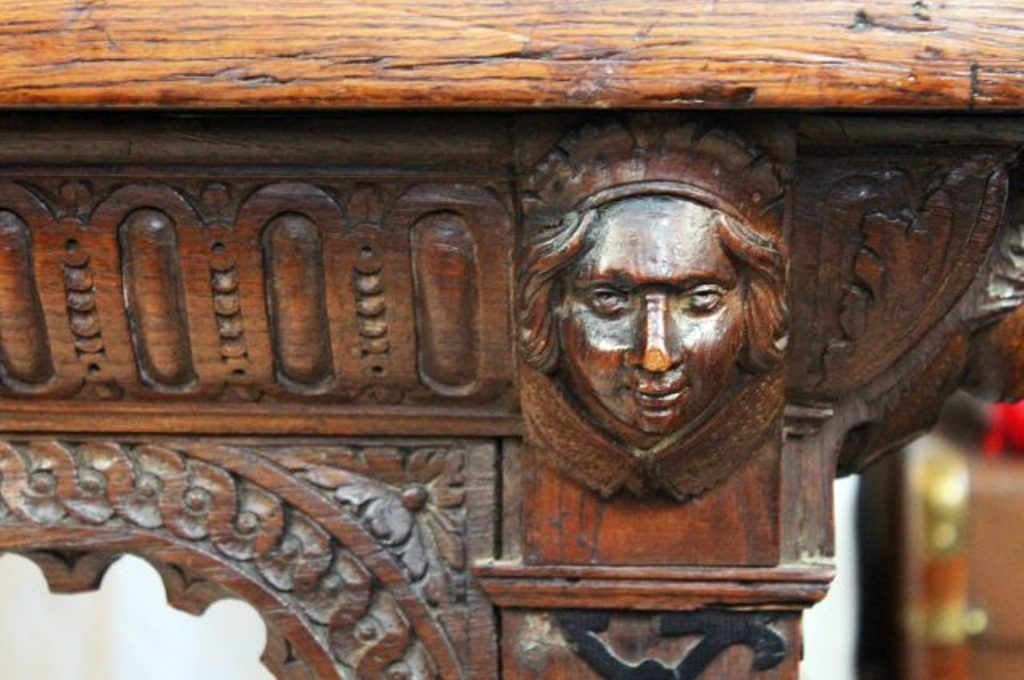 Gothic style carved oak table for sale at pamono
