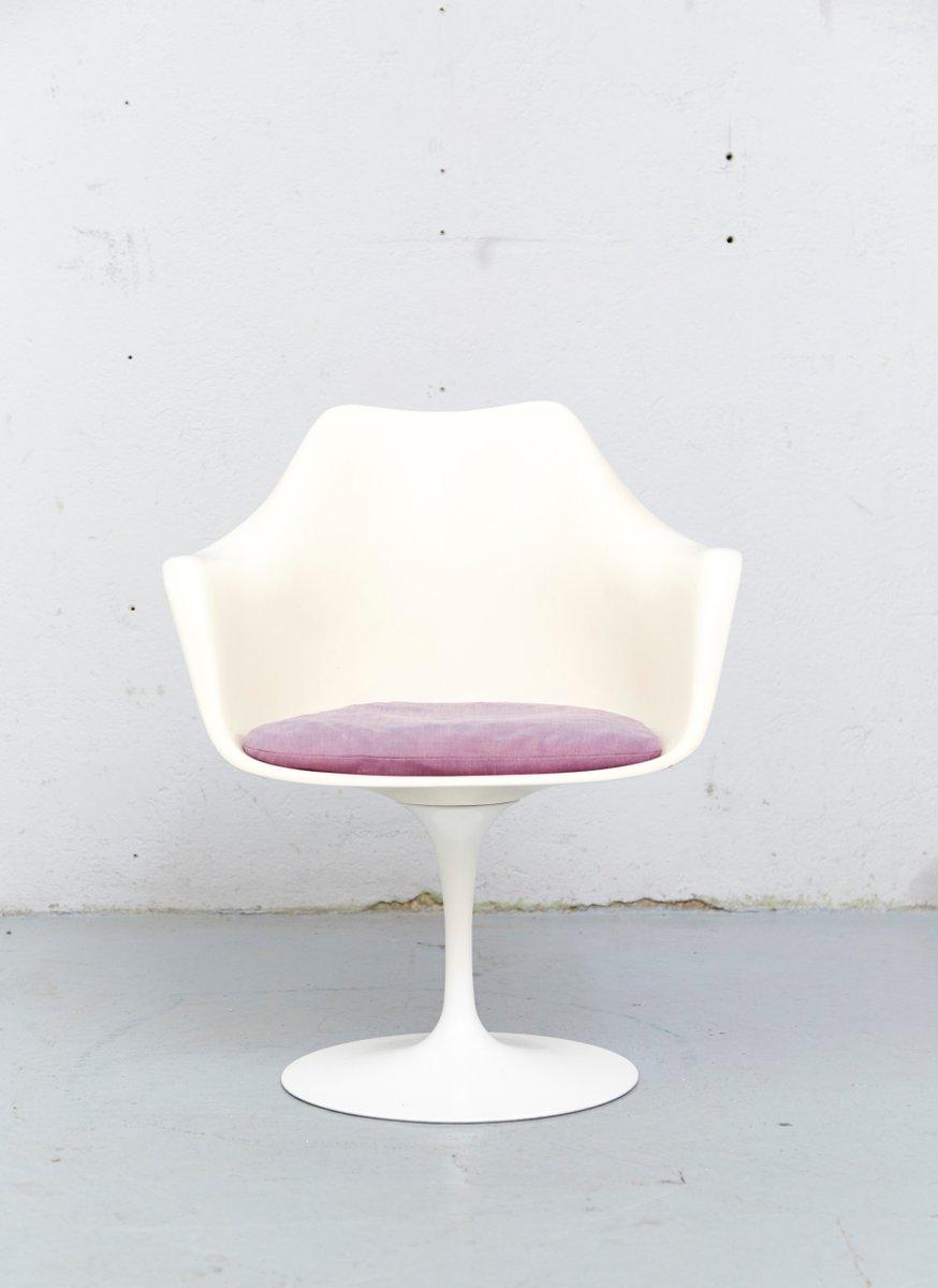chaise tulipe vintage mod le 150 par eero saarinen pour knoll international en vente sur pamono. Black Bedroom Furniture Sets. Home Design Ideas