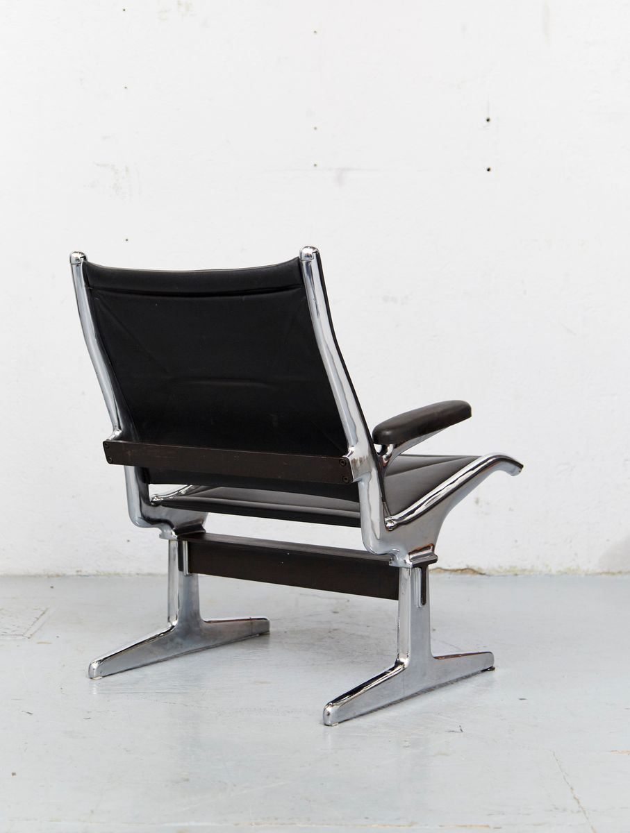 Tandem sling chair by charles ray eames for herman for Eames chair deutschland