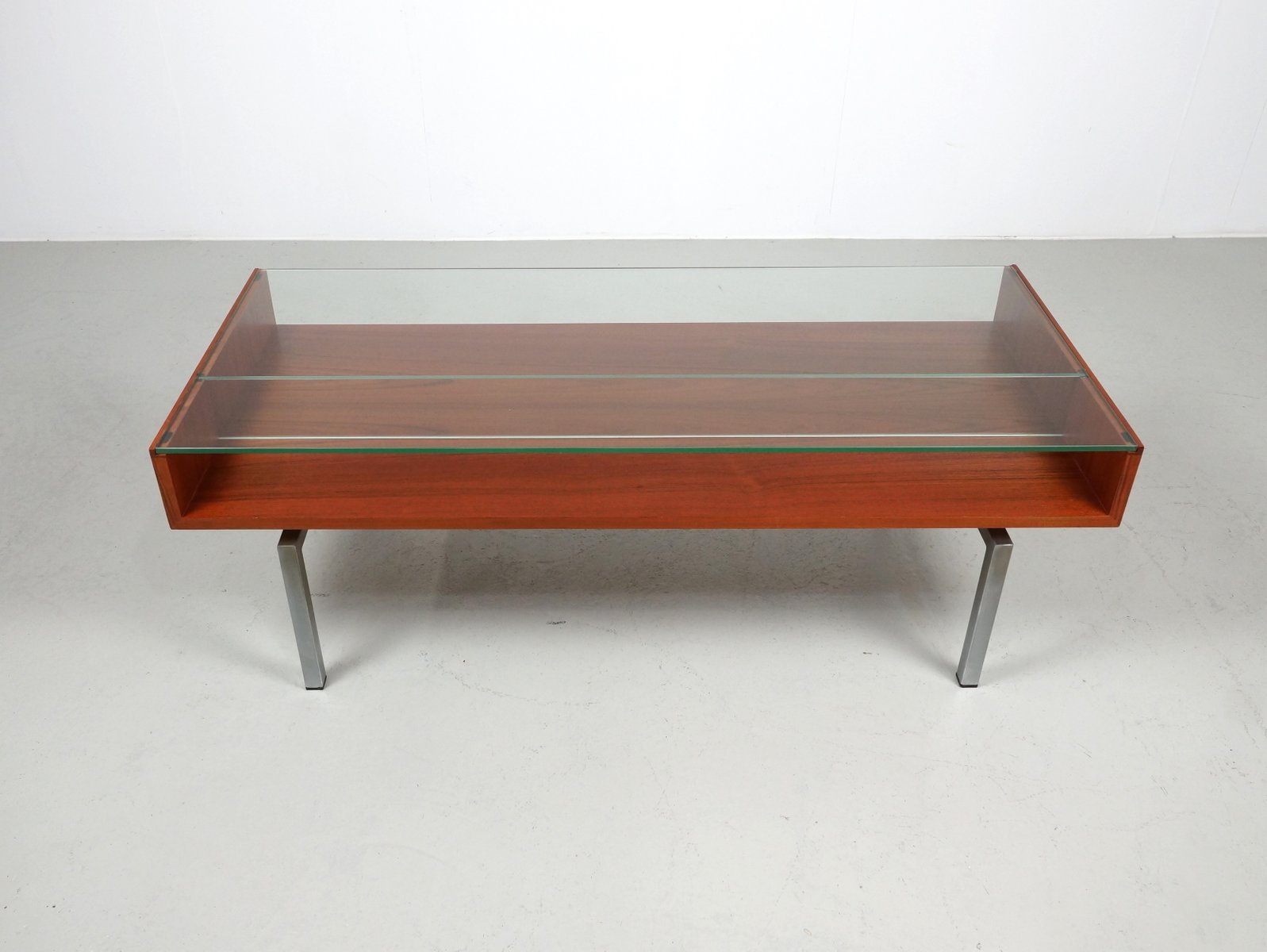 Table basse vintage en teck et verre en vente sur pamono - Table basse en verre but ...