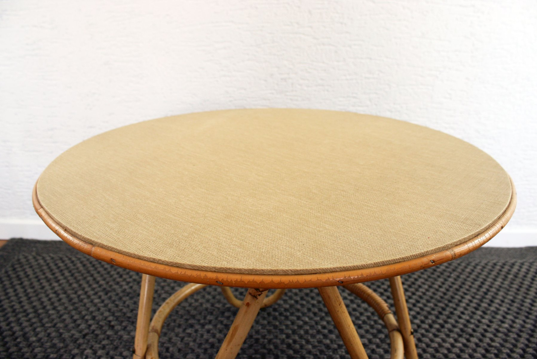 Vintage Round Rattan Coffee Table for sale at Pamono