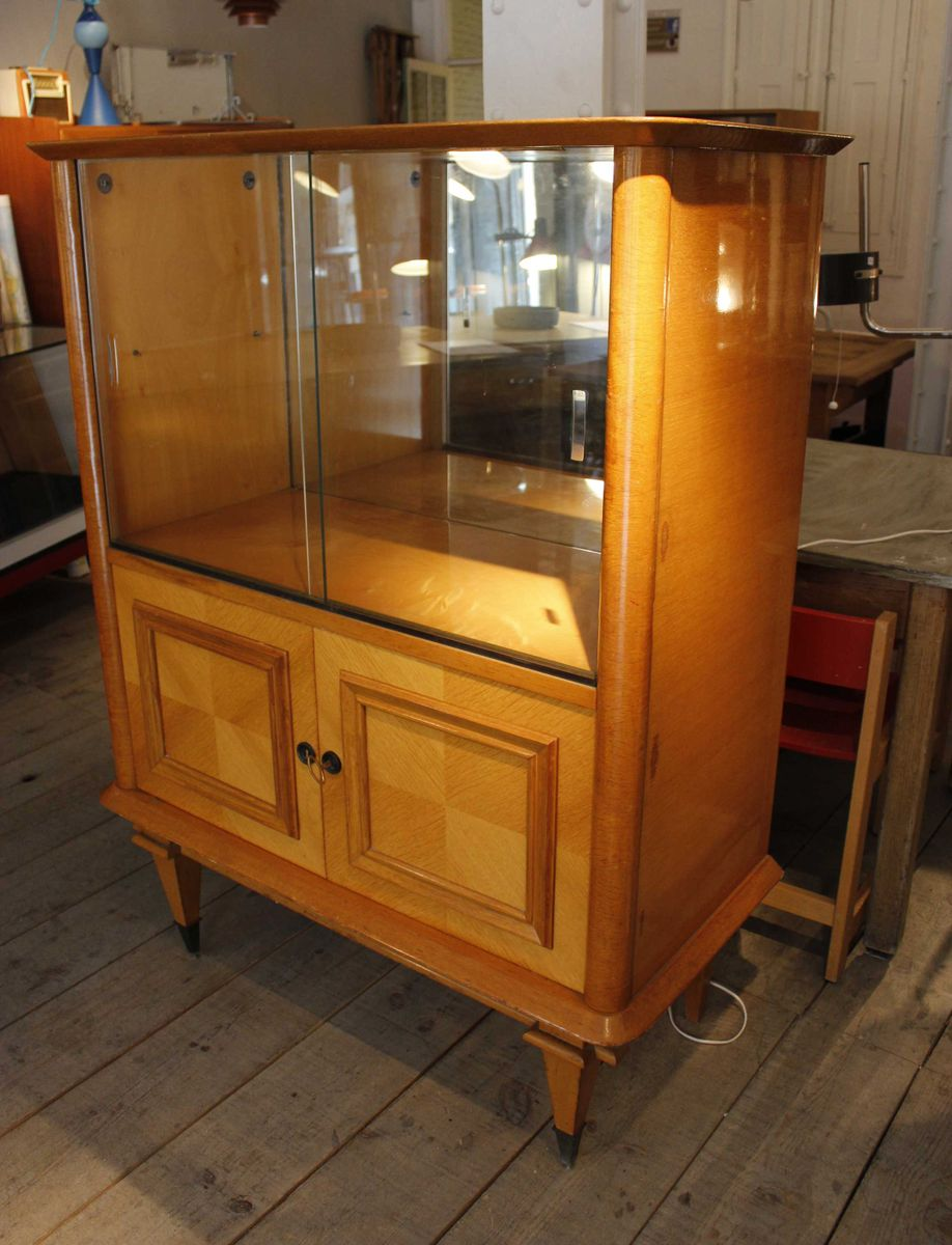 Bar cabinet in oak 1940s for sale at pamono for 1940s kitchen cabinets for sale