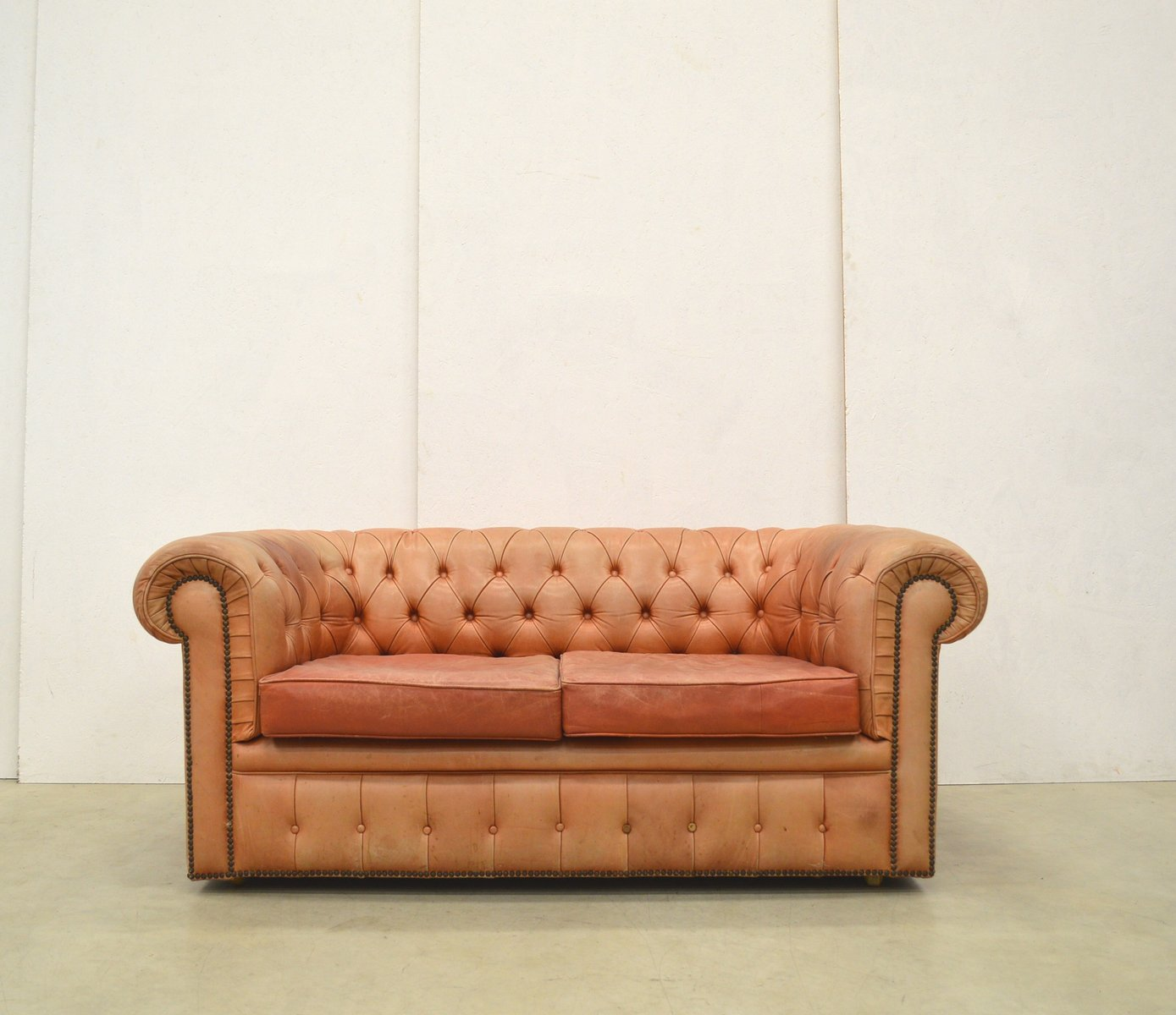English ros cognac leather chesterfield two seater sofa for Cognac design