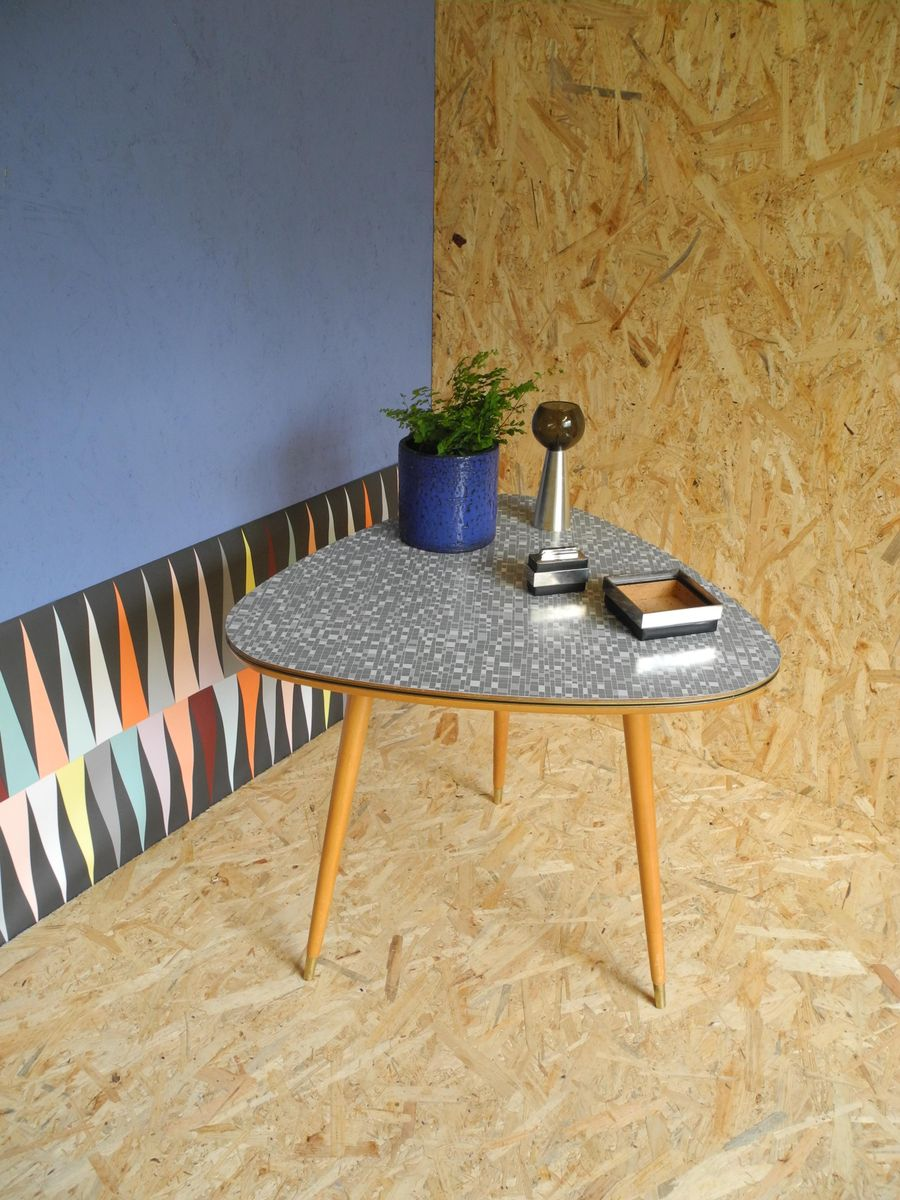table cocktail vintage avec motif carr de ilse m bel en vente sur pamono. Black Bedroom Furniture Sets. Home Design Ideas