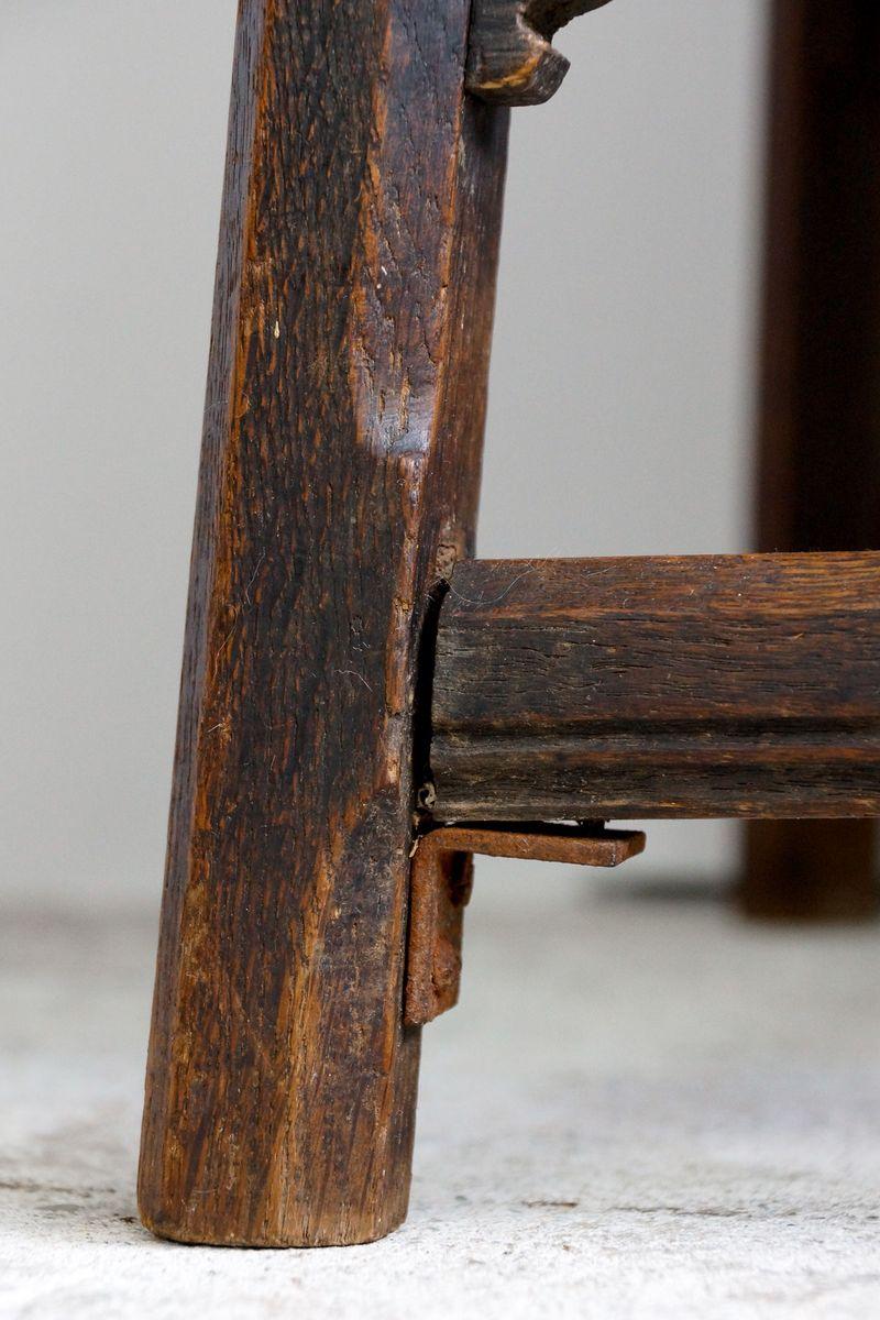 Petite table d 39 appoint carr e antique en ch ne en vente - Table d appoint carree ...