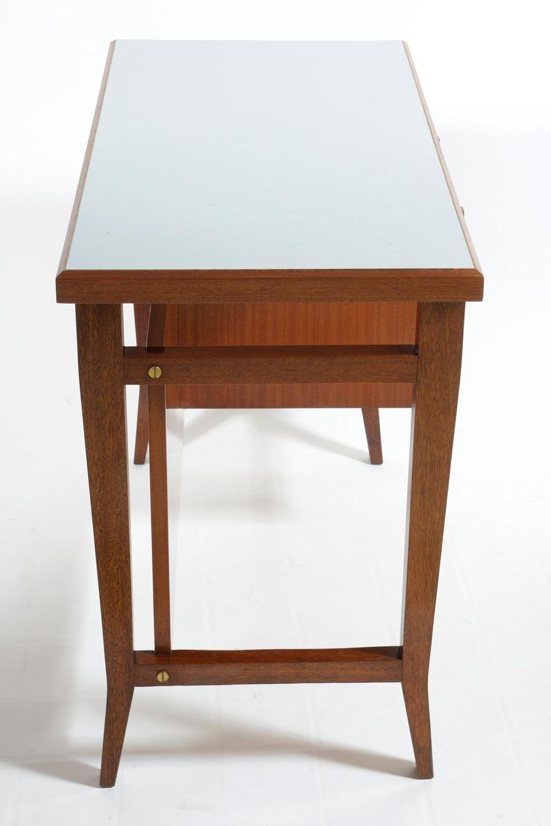 italian writing desk How do you say 'writing desk' in italian here's a list translations and example phrases.