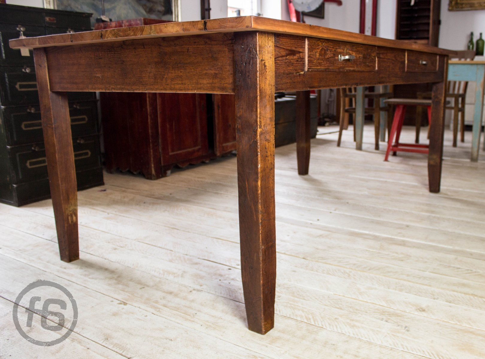 Antique Dining Table in Pine for sale at Pamono