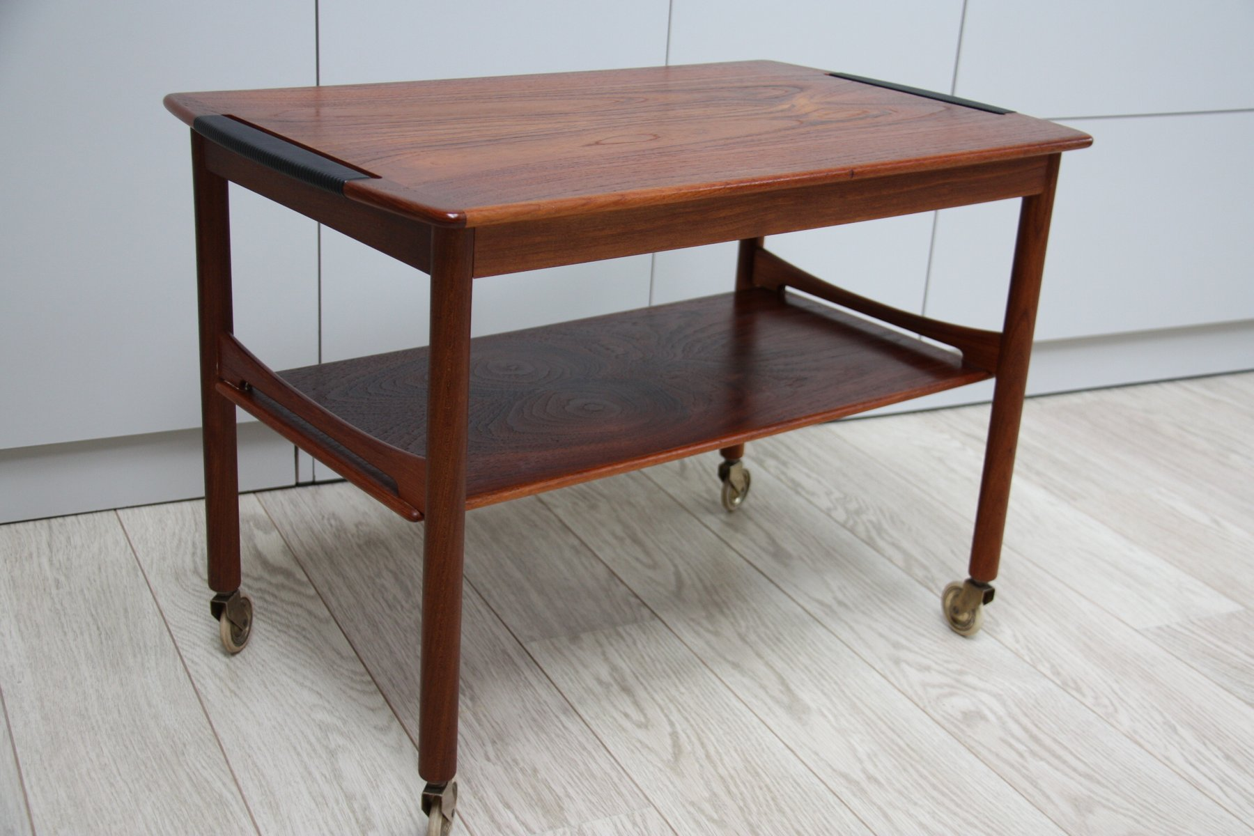 vintage couchtisch aus palisander auf rollen 1950er bei. Black Bedroom Furniture Sets. Home Design Ideas